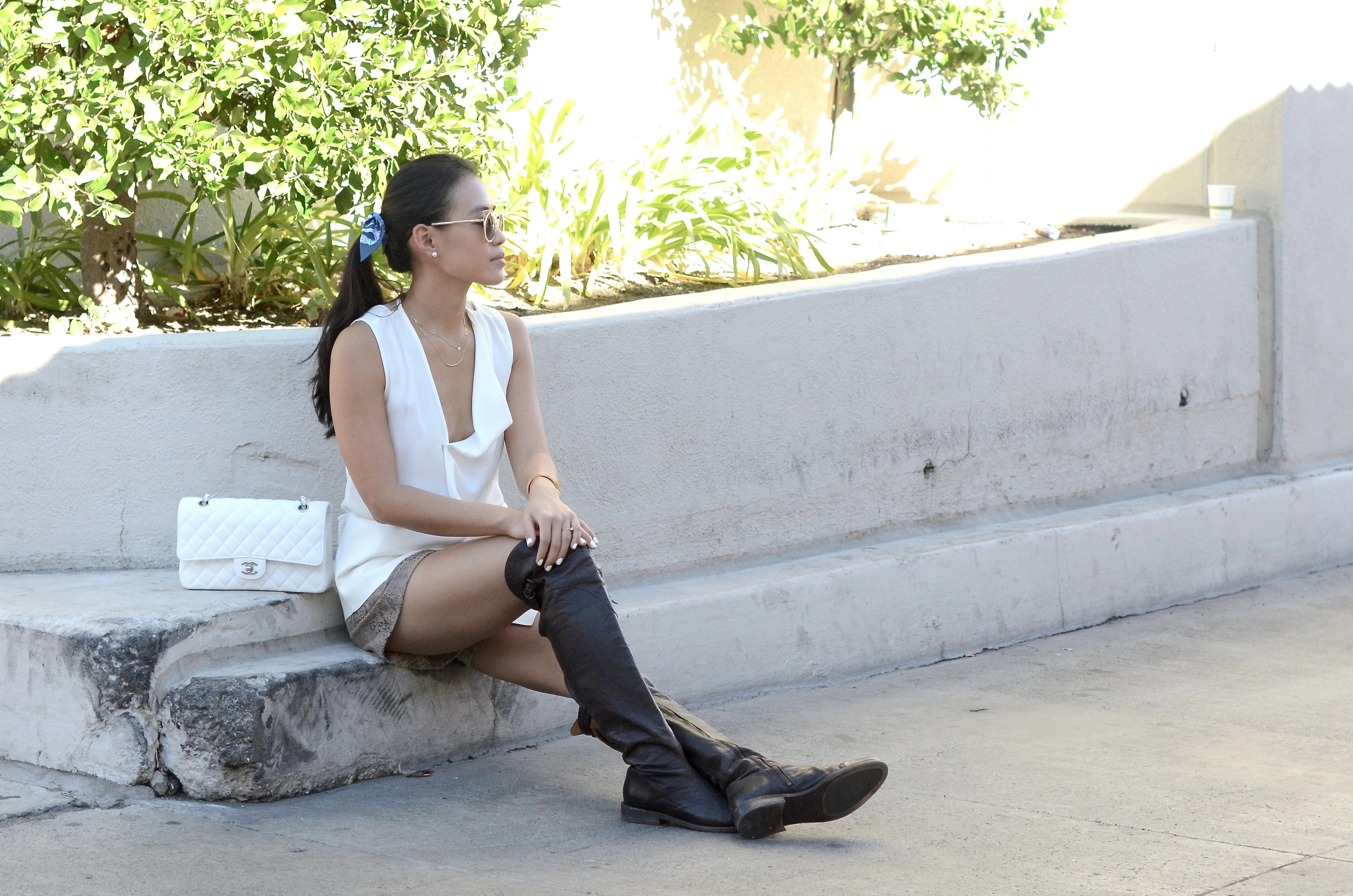 Just Goh With It-Outfit-over-the-knee-flat-boots-zara-all-saints-cat-eye-classic-chanel-4.jpg