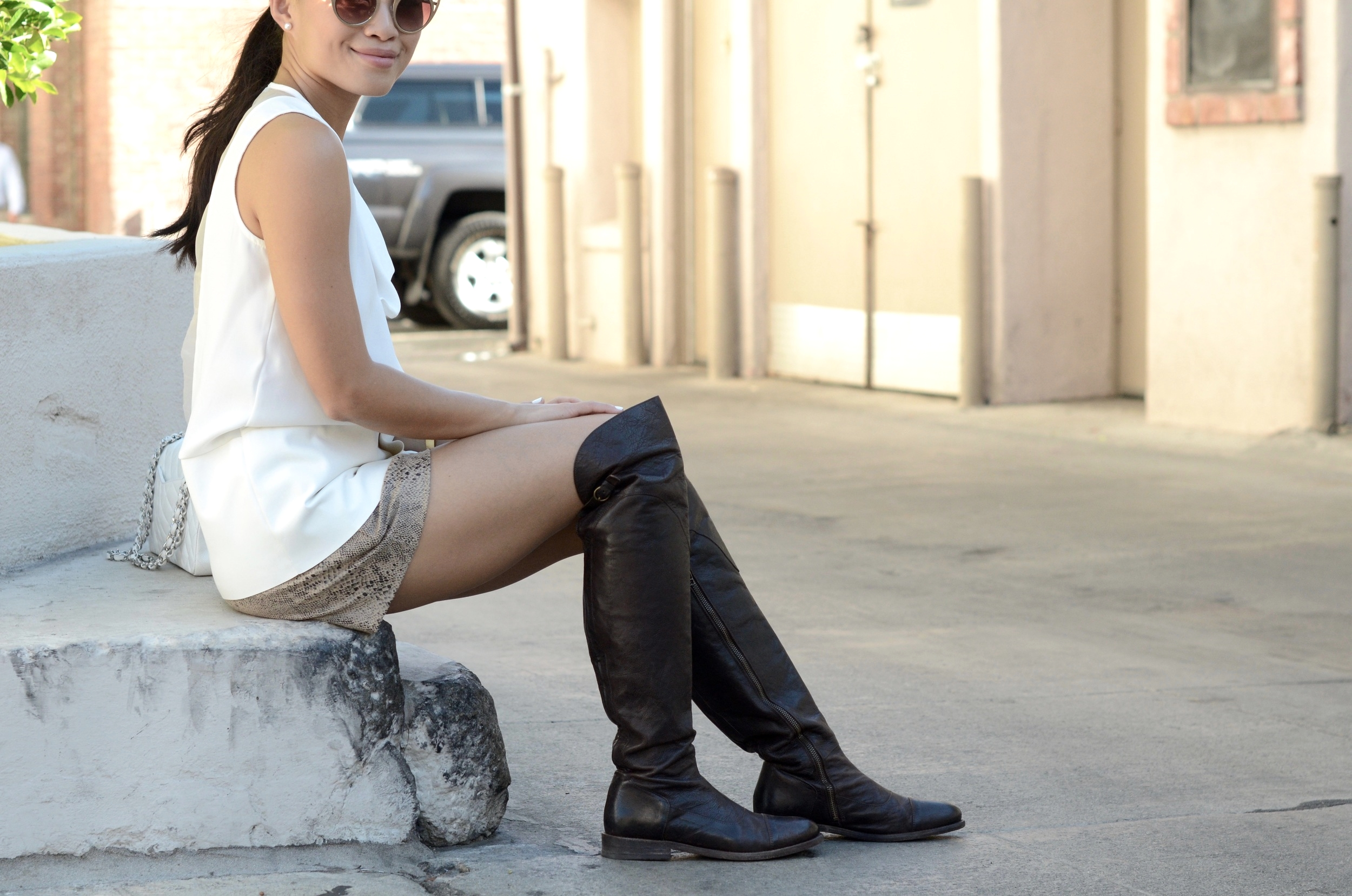 Just Goh With It-Outfit-over-the-knee-flat-boots-zara-all-saints-cat-eye-classic-chanel-5.jpg