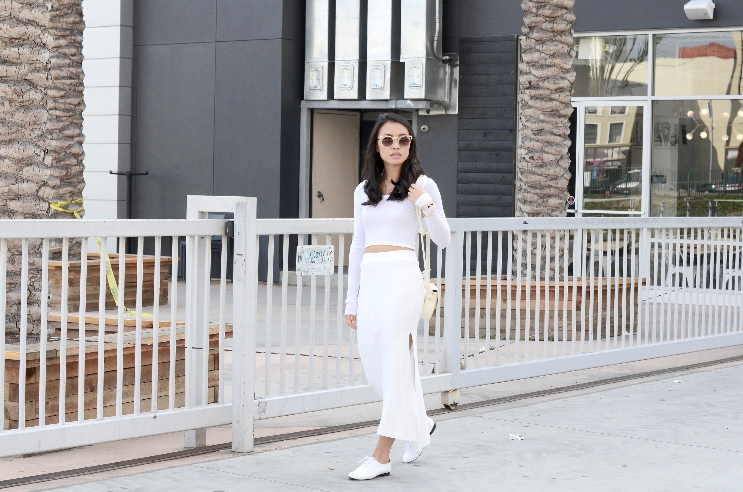 Just Goh With It-Outfits-All-White-Knits-Crop-Topshop-Zara-Oxfords-7.jpg