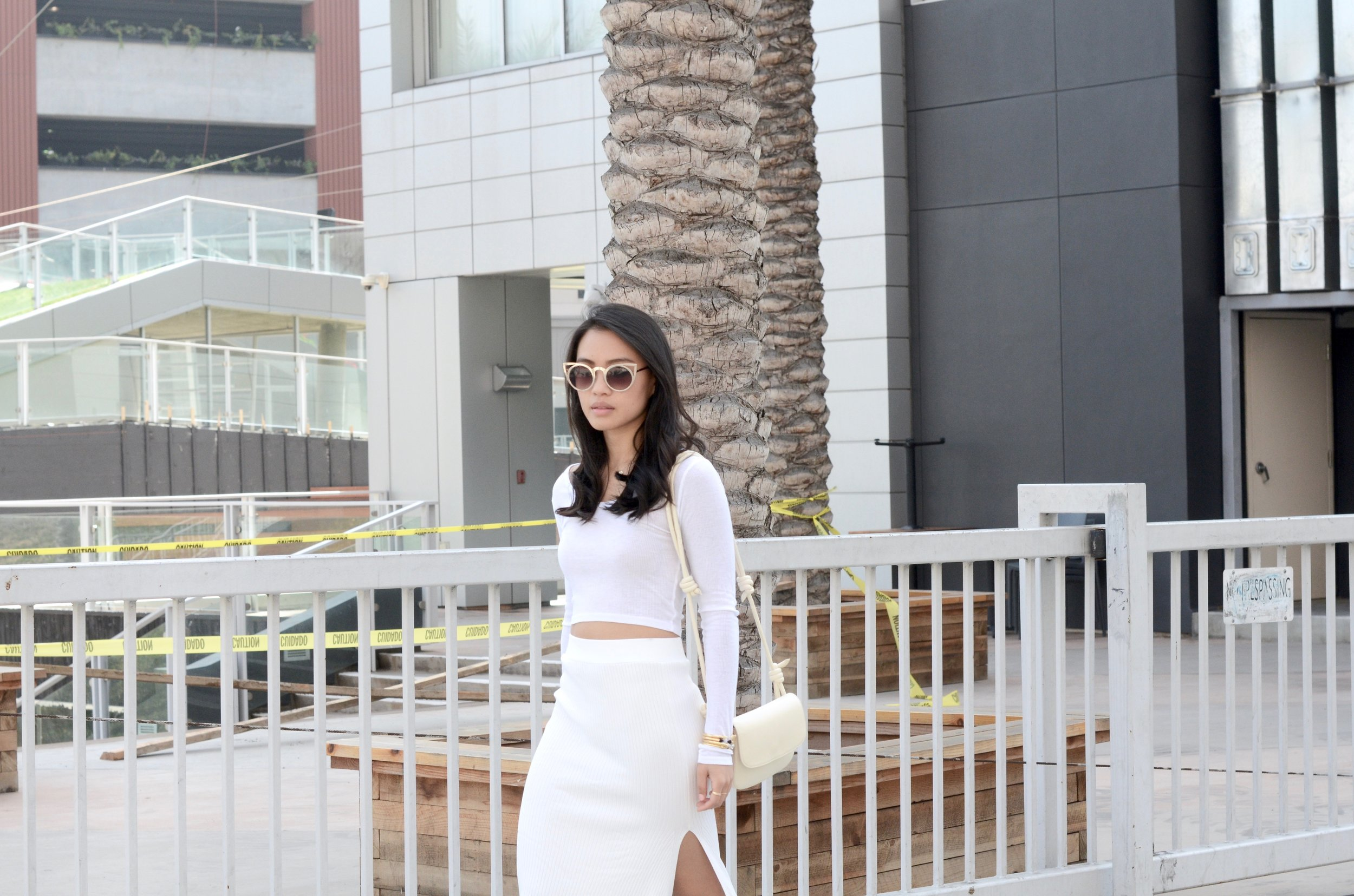 Just Goh With It-Outfits-All-White-Knits-Crop-Topshop-Zara-Oxfords-6.jpg