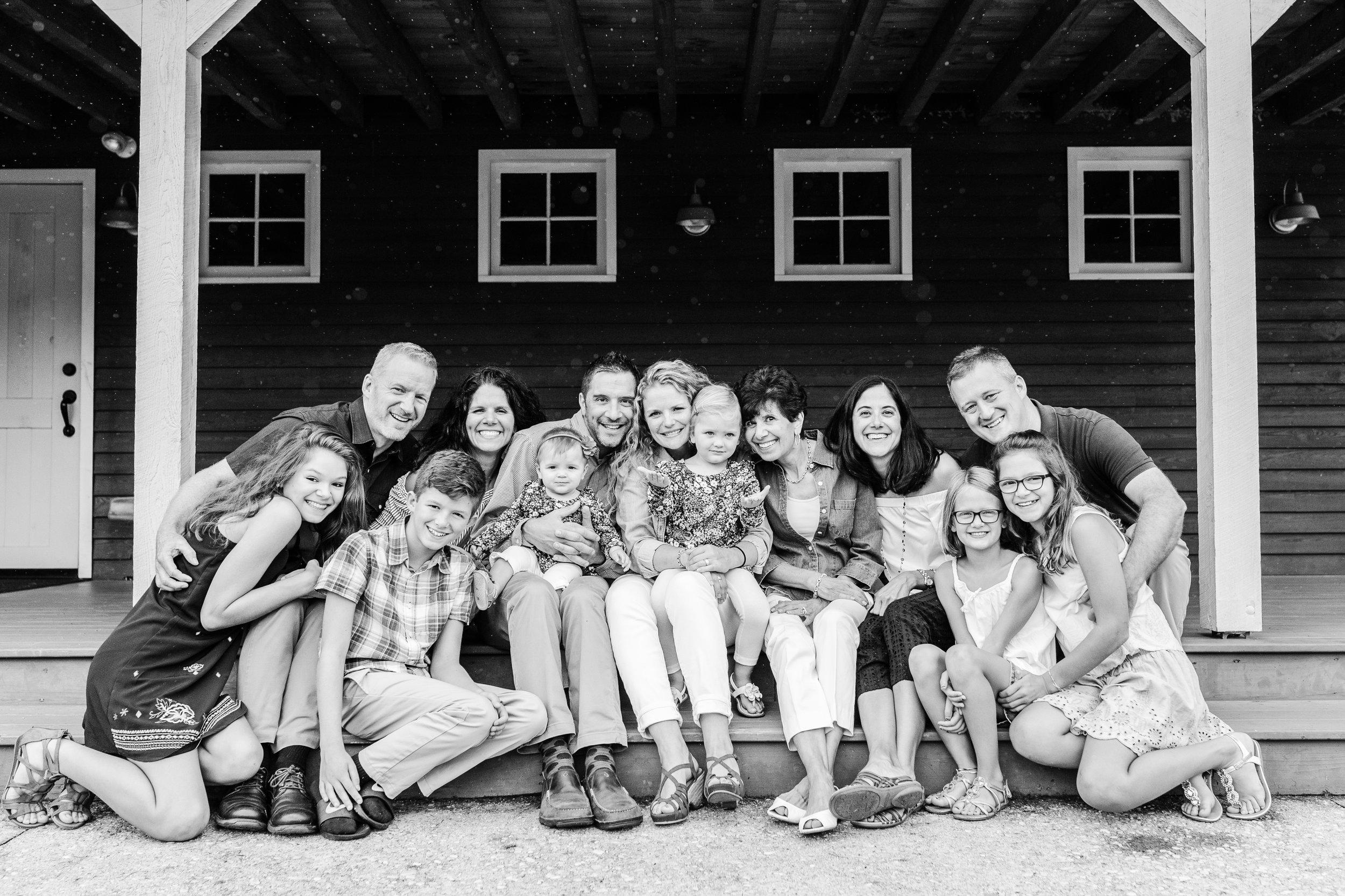 Hewitt Extended Family Session-7597.jpg