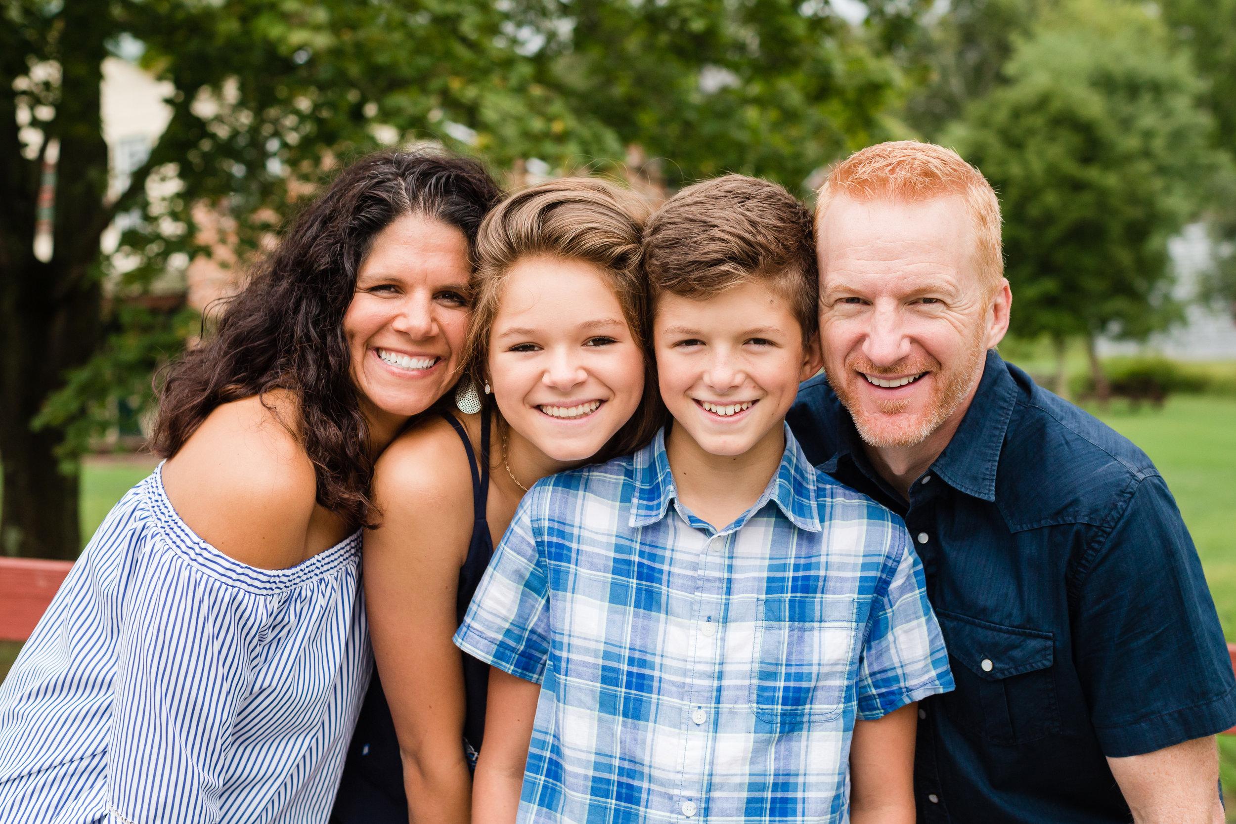 Hewitt Extended Family Session-7488.jpg