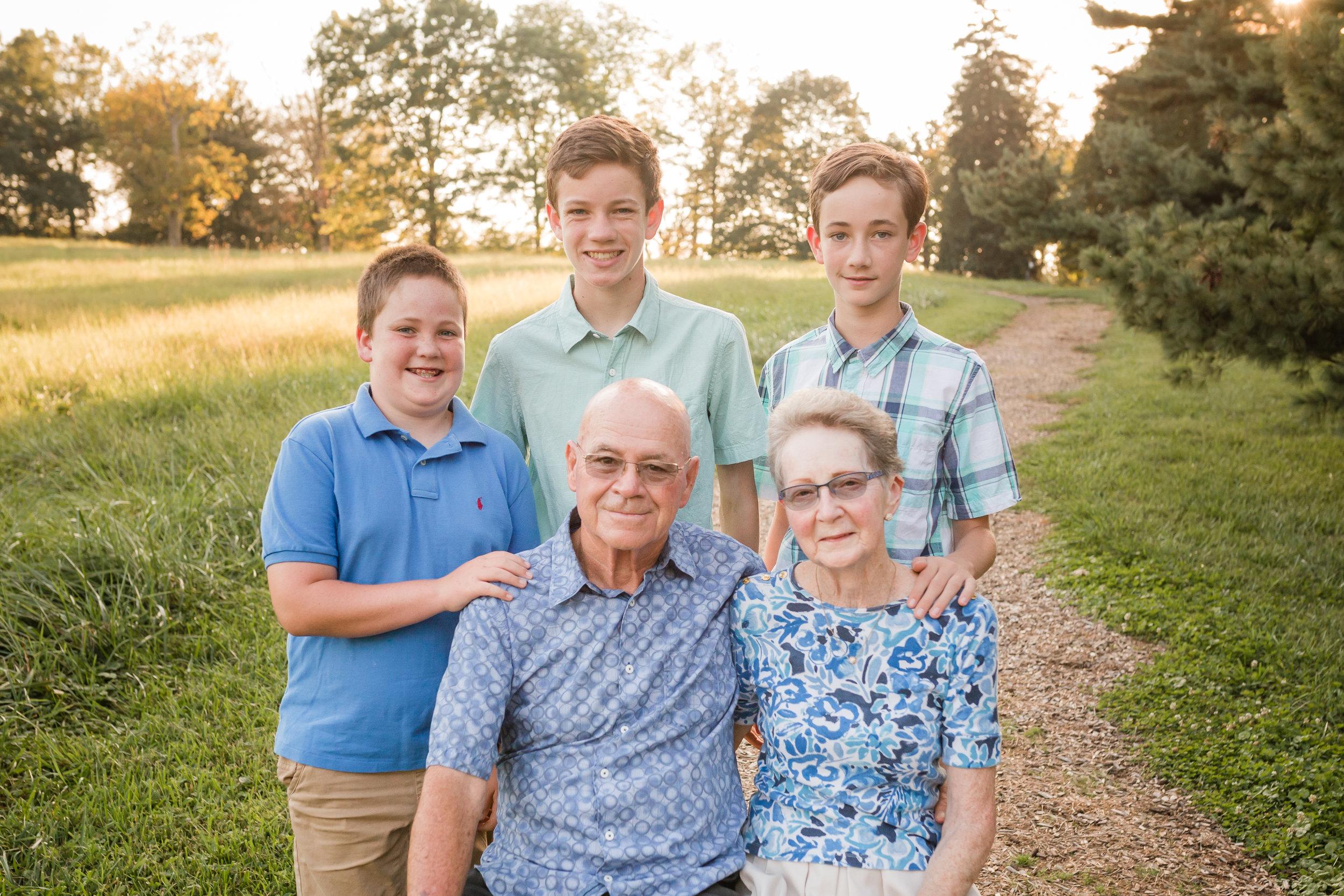 Frain Extended Family Session-9658.jpg