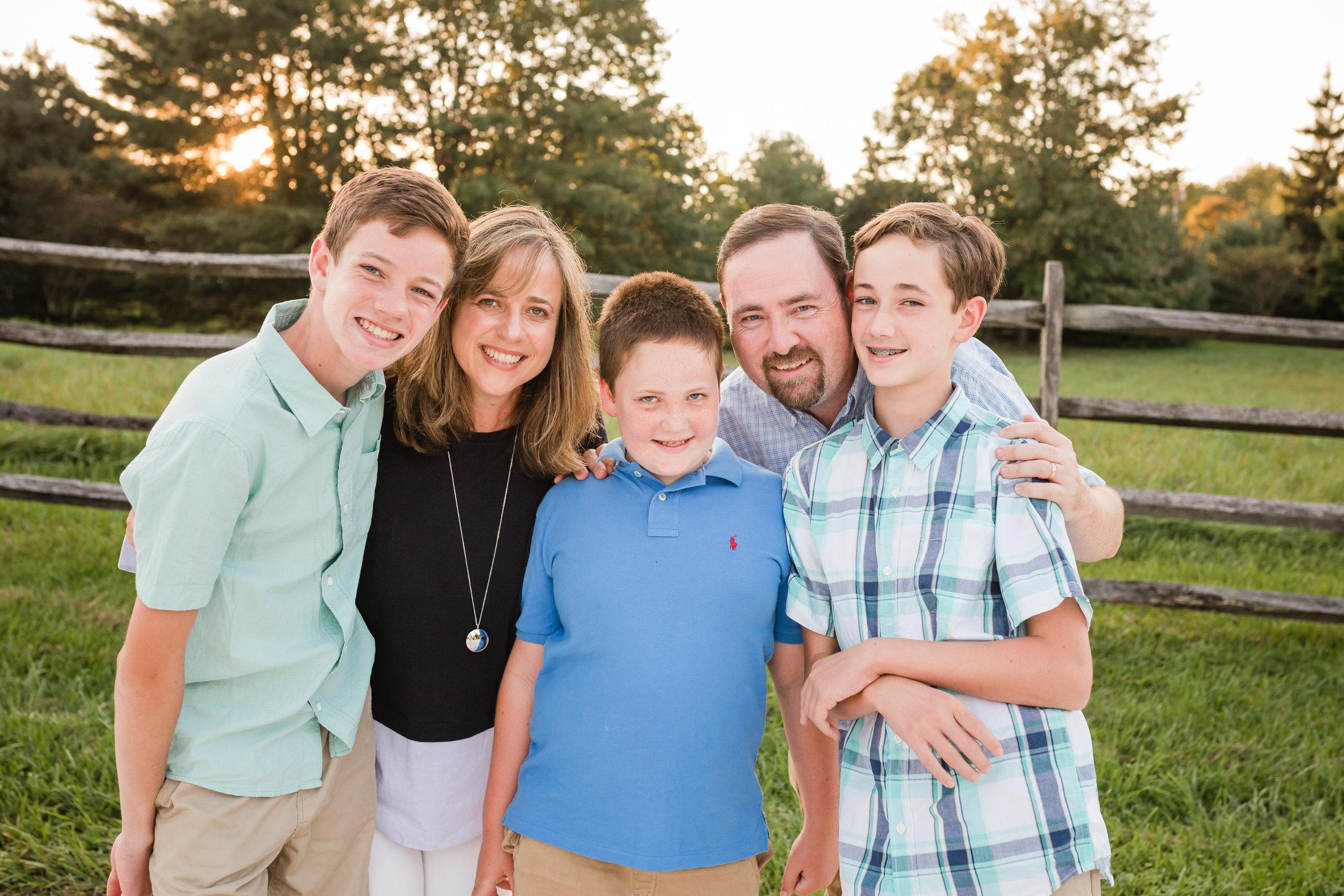 Frain Extended Family Session-9860.jpg