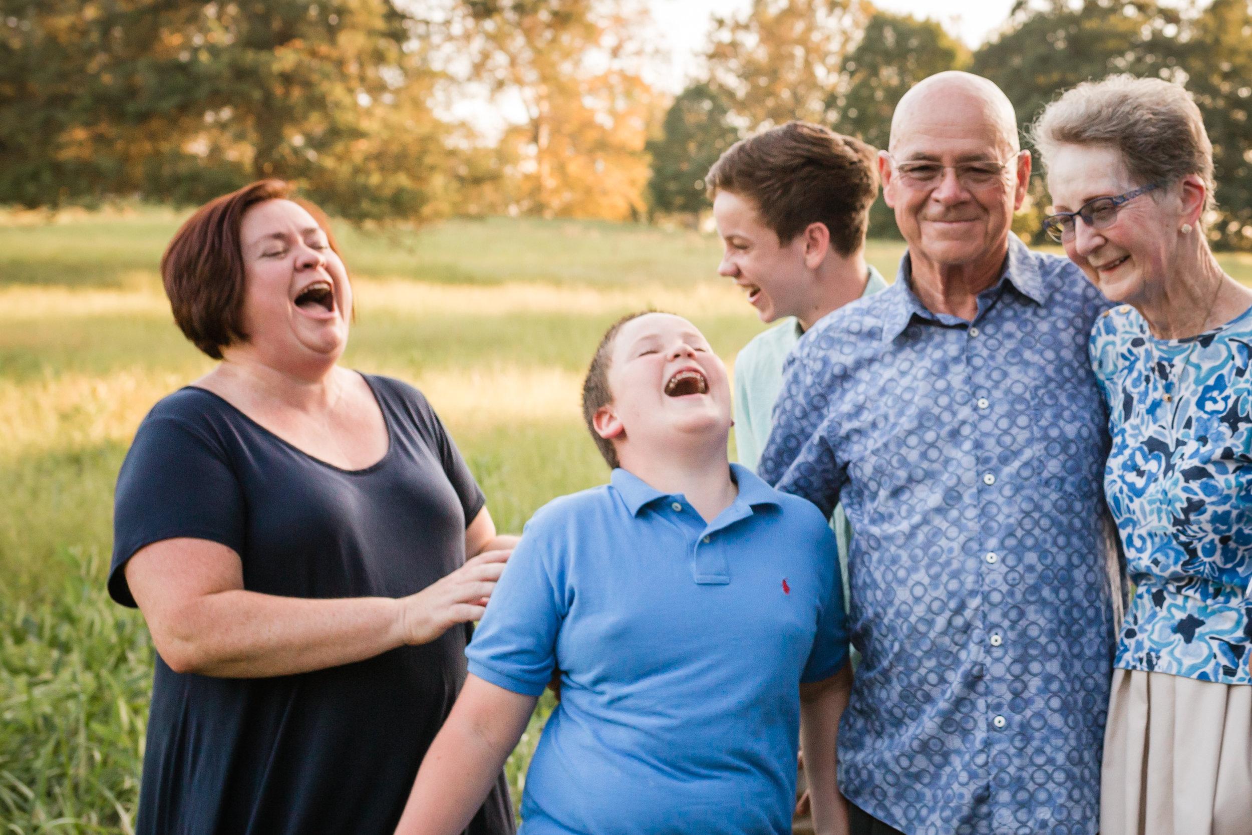 Frain Extended Family Session-9726.jpg