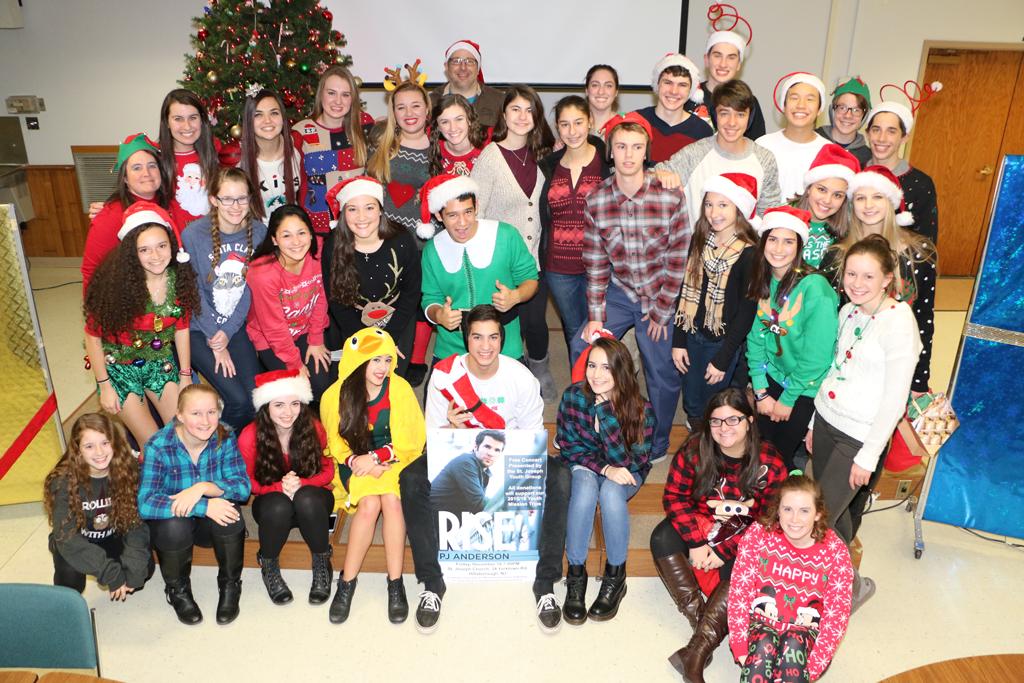 Group-Christmas-Photo.png