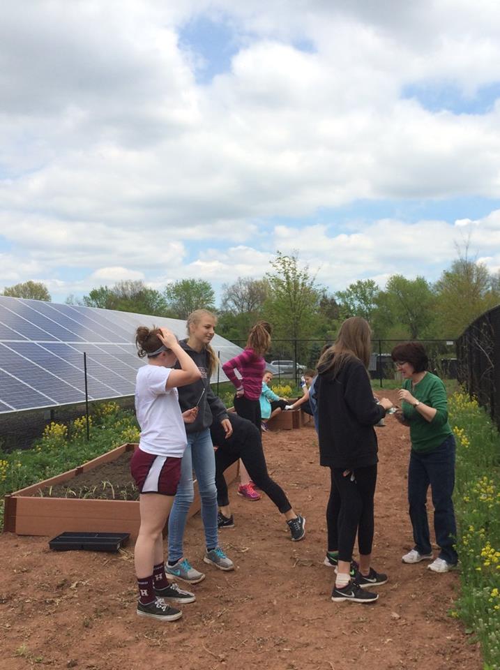 Plant-a-community-garden-30HF.jpg