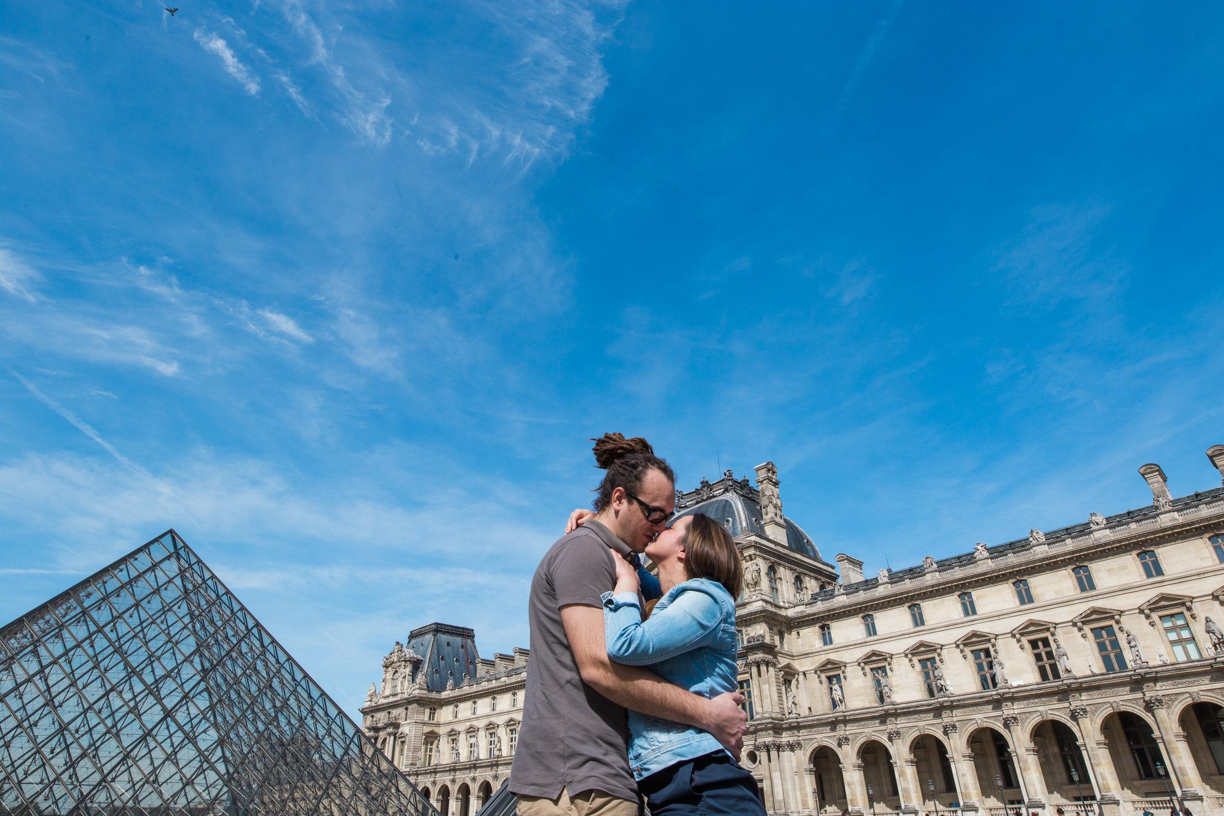 Paris Engagement Photographer-3.jpg