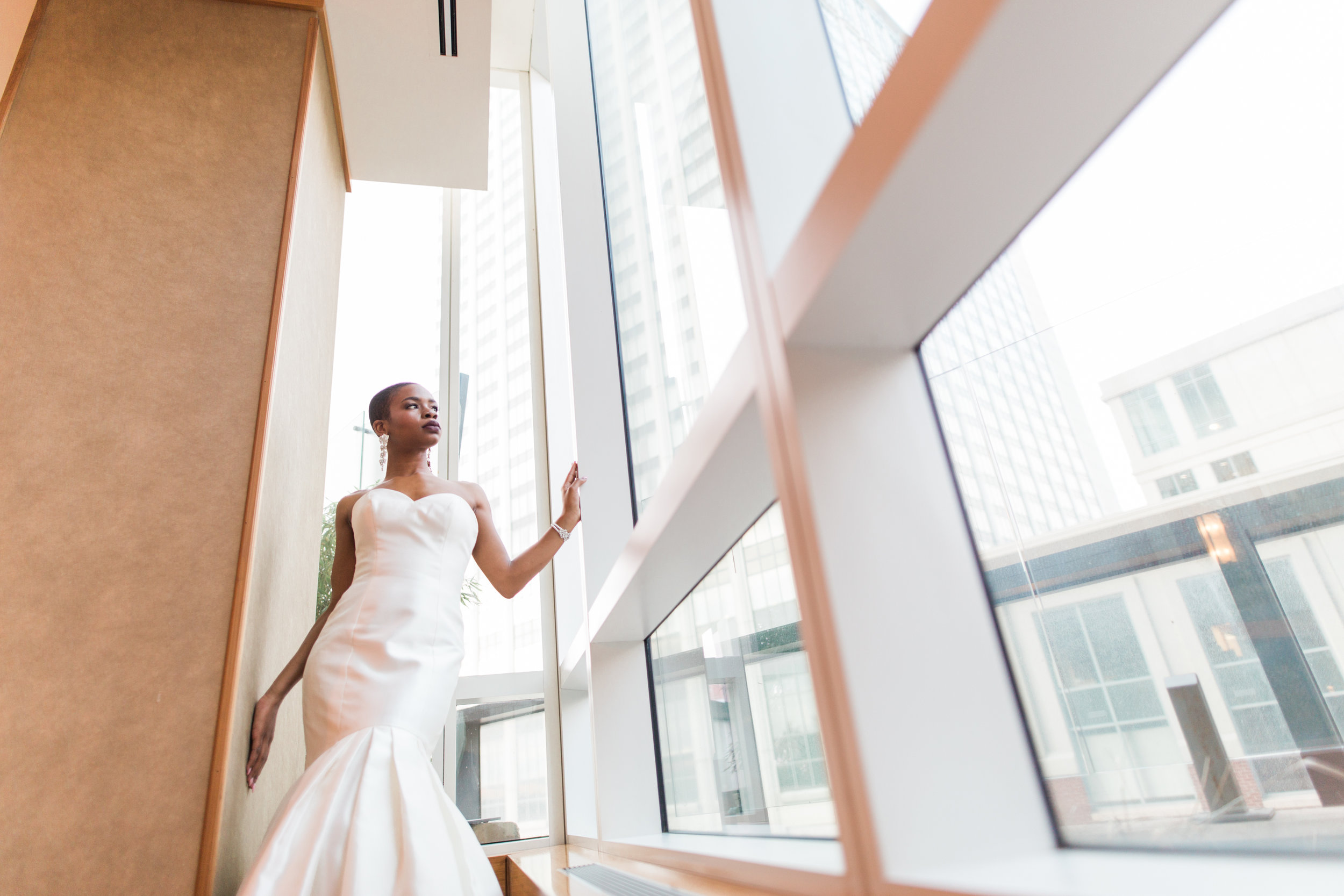 Best Wedding Photographers in Baltimore at Four Seasons Hotel Wedding.jpeg