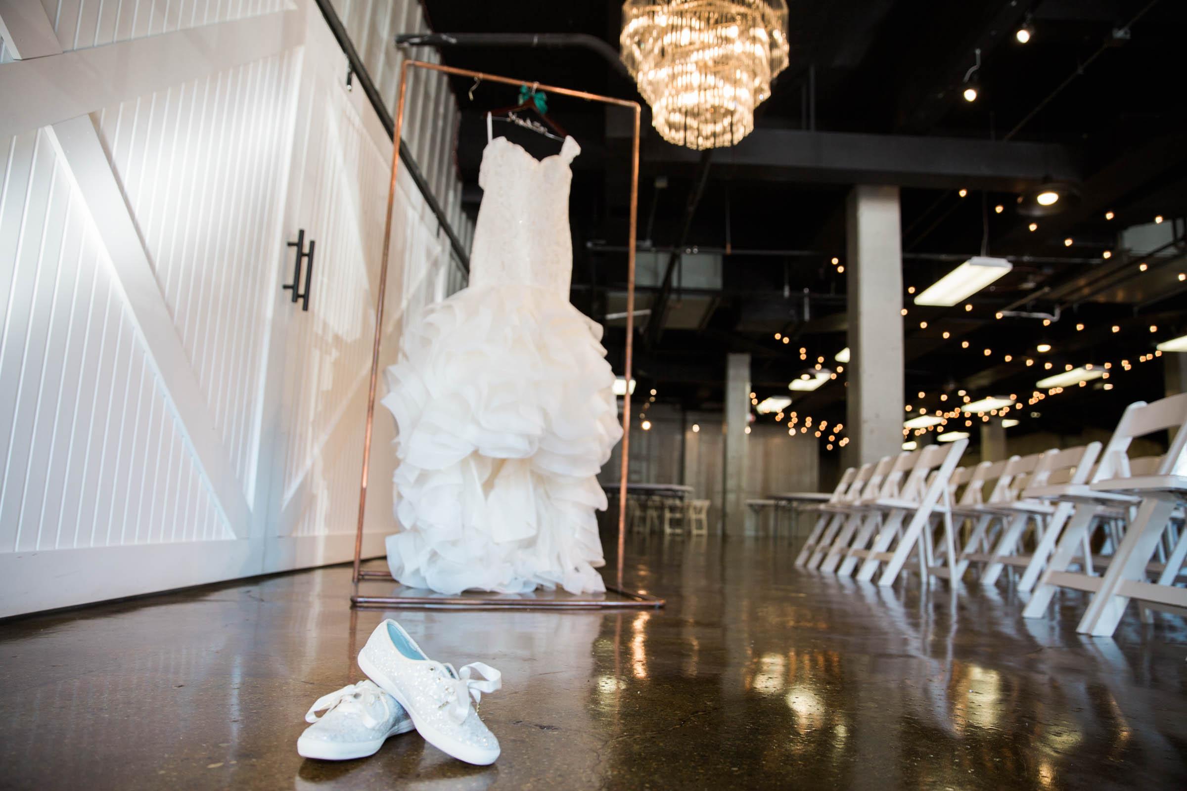 Main Street Ballroom Ellicott City Wedding Curvy Bride Baltimore Maryland Wedding Photographers (14 of 111).jpg