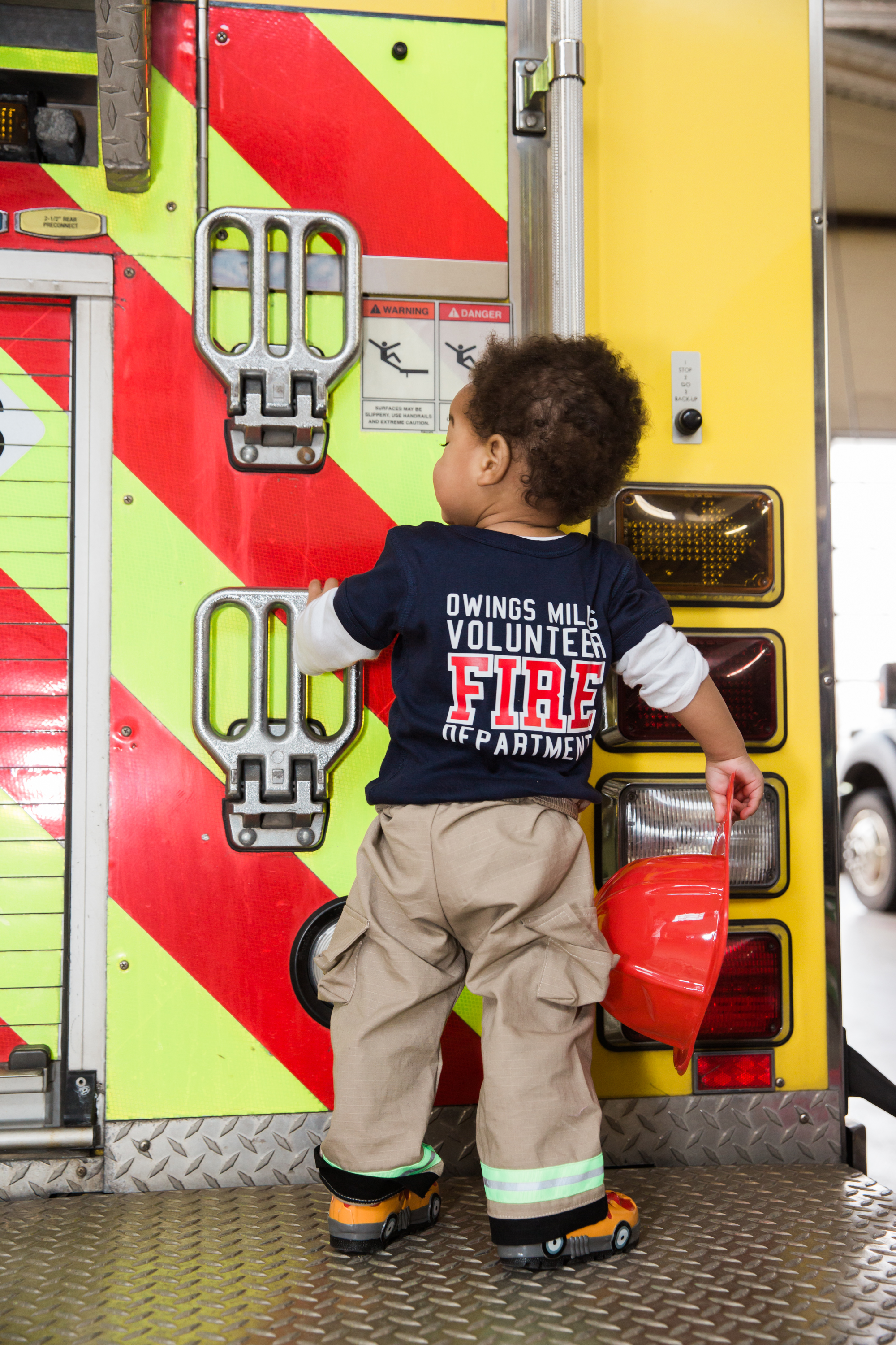 Fireman Birthday Party Ideas  Decorations Owings Mills Fire Department Maryland Family Photographers Megapixels Media Photography (26 of 55).jpg