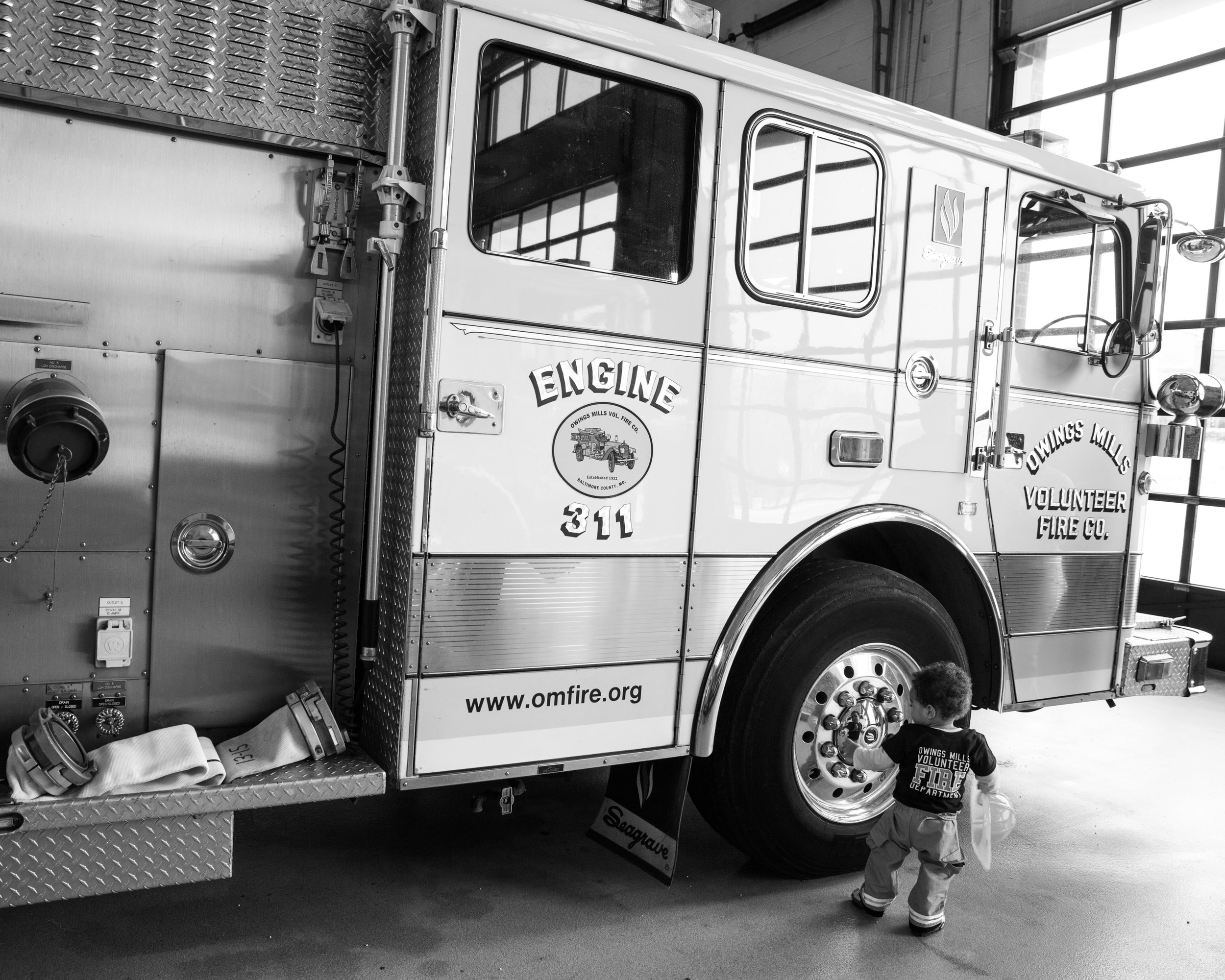 Fireman Birthday Party Ideas  Decorations Owings Mills Fire Department Maryland Family Photographers Megapixels Media Photography (29 of 55).jpg
