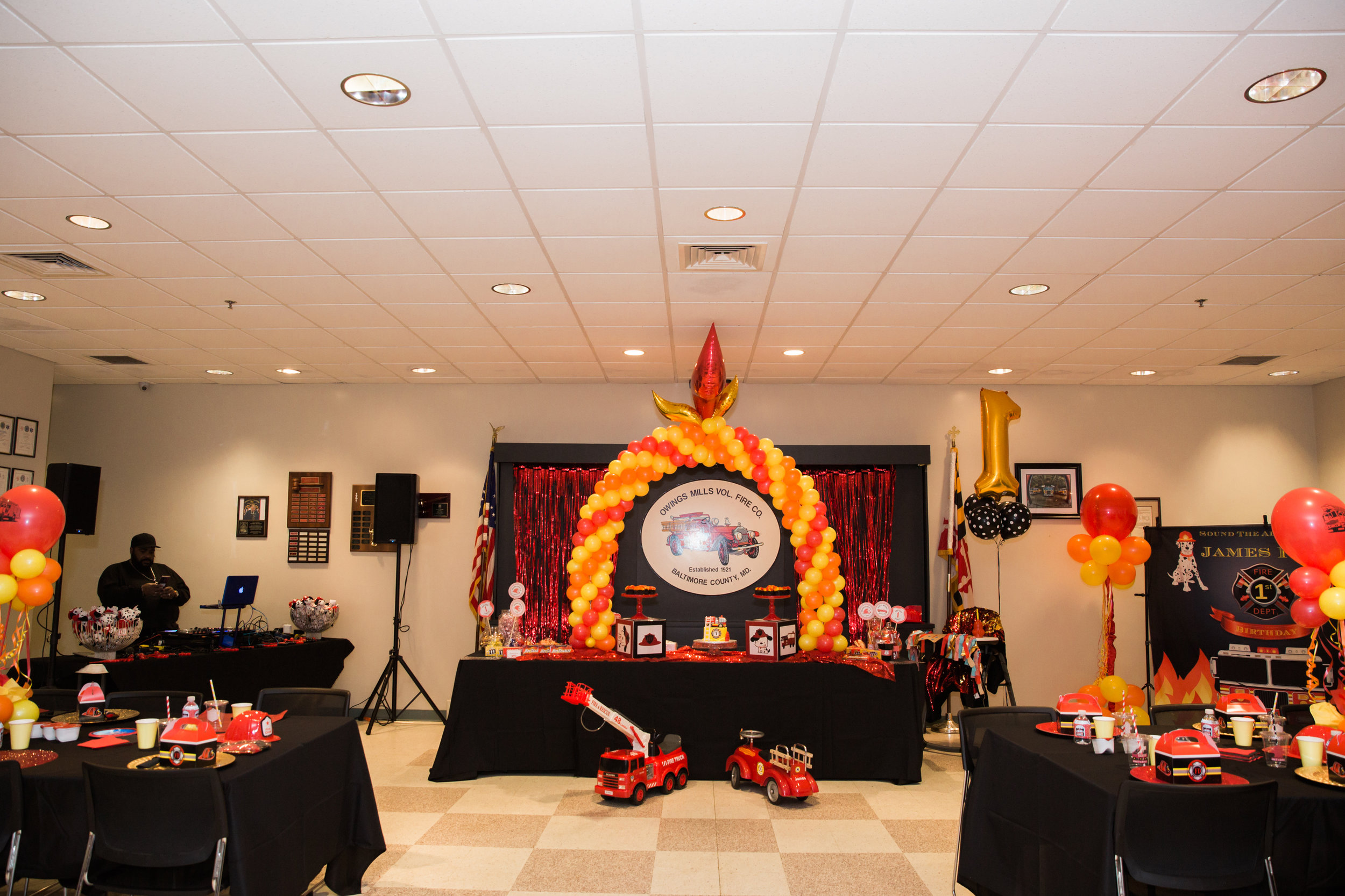 Fireman Birthday Party Ideas  Decorations Owings Mills Fire Department Maryland Family Photographers Megapixels Media Photography (37 of 55).jpg