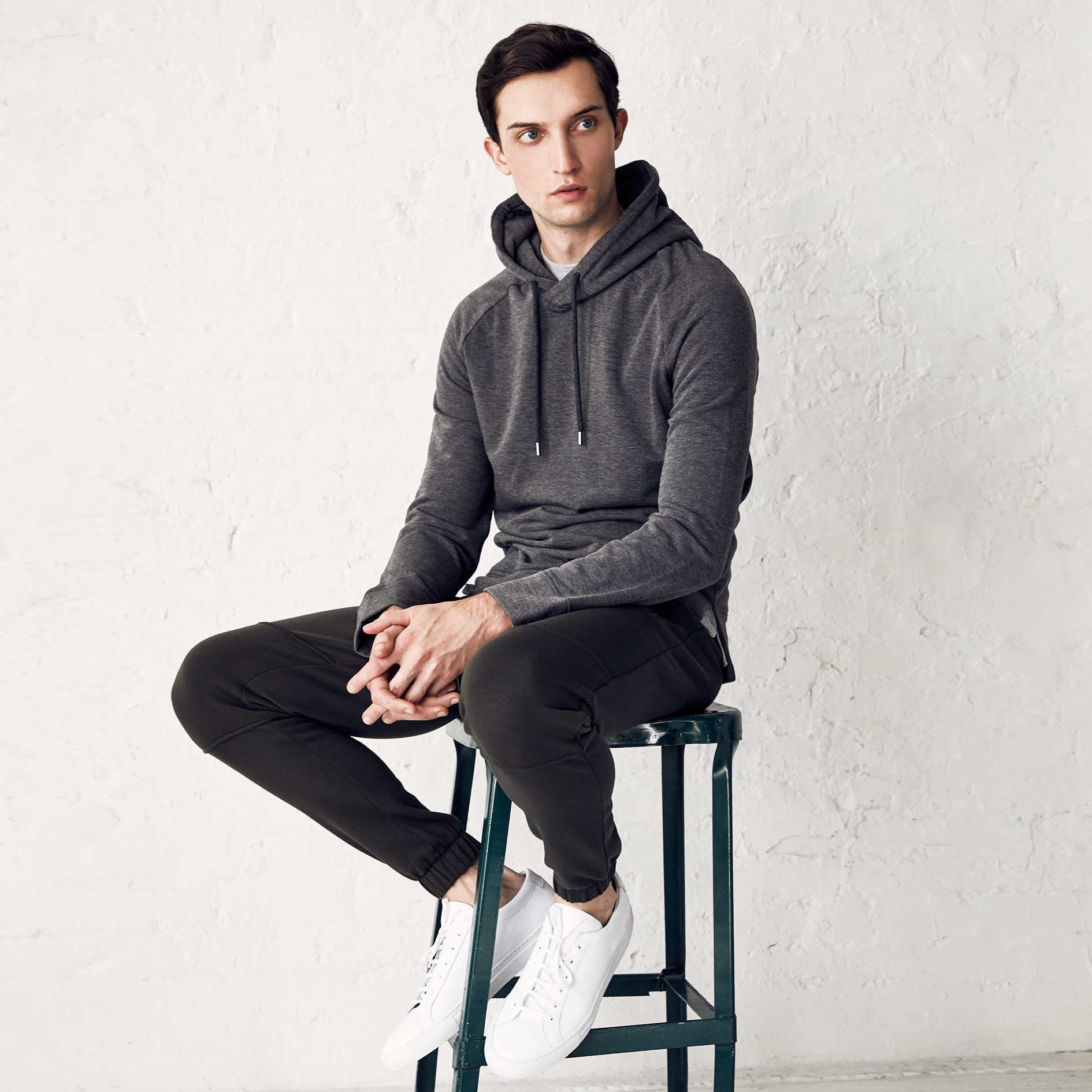 the softest fabric - made with our signature brushed back fleece, Mason Hood Pullover offers the softest hand feel with the ultimate comfort. And it is the most perfectly designed hood pullover you will ever own in your wardrobe.