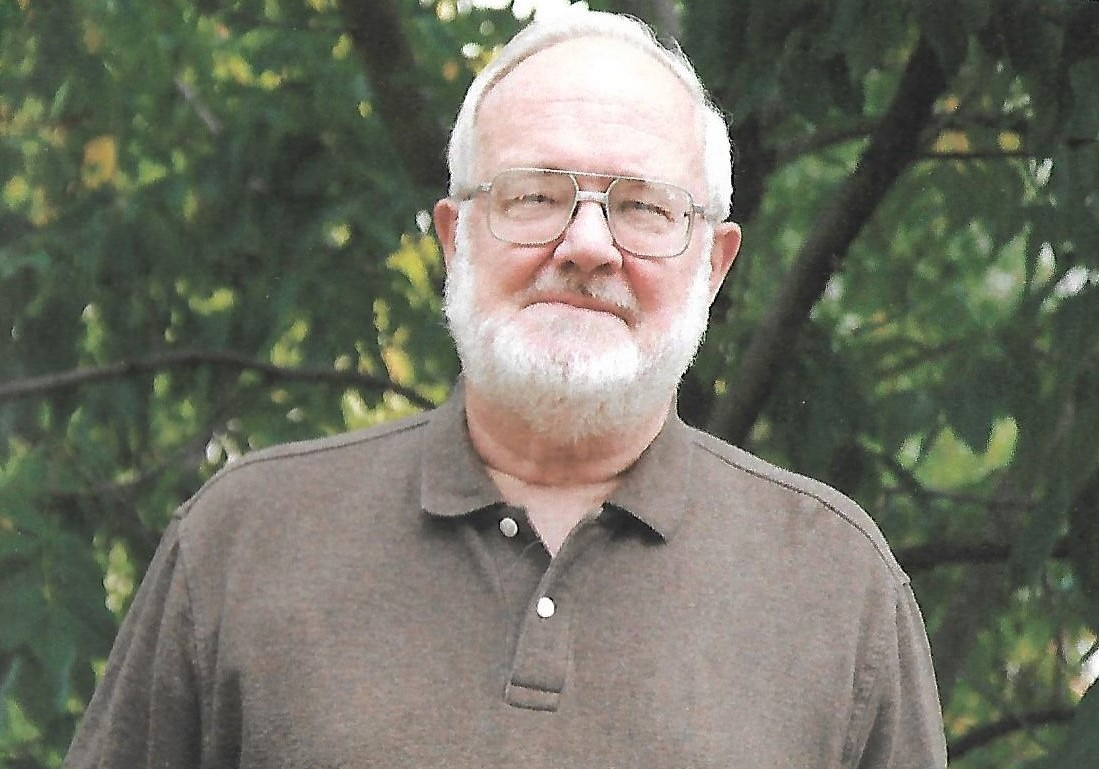 Bernie photo.jpg