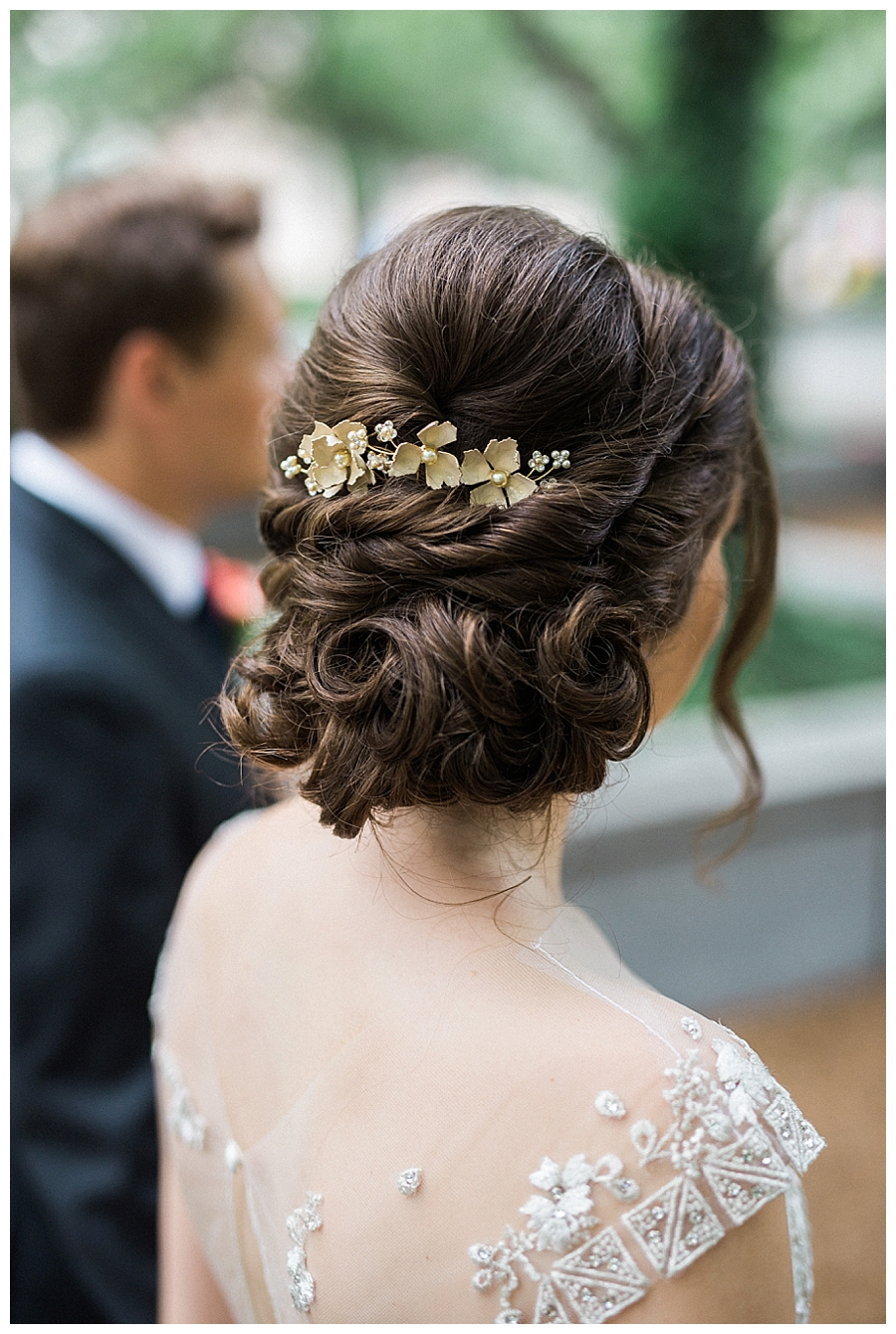 fine art wedding photography at the Art Institute of Chicago, Illinois