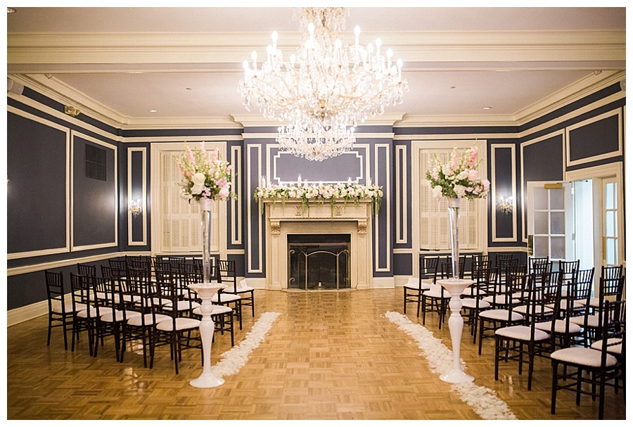 Classic and romantic wedding ceremony at the Madison Club