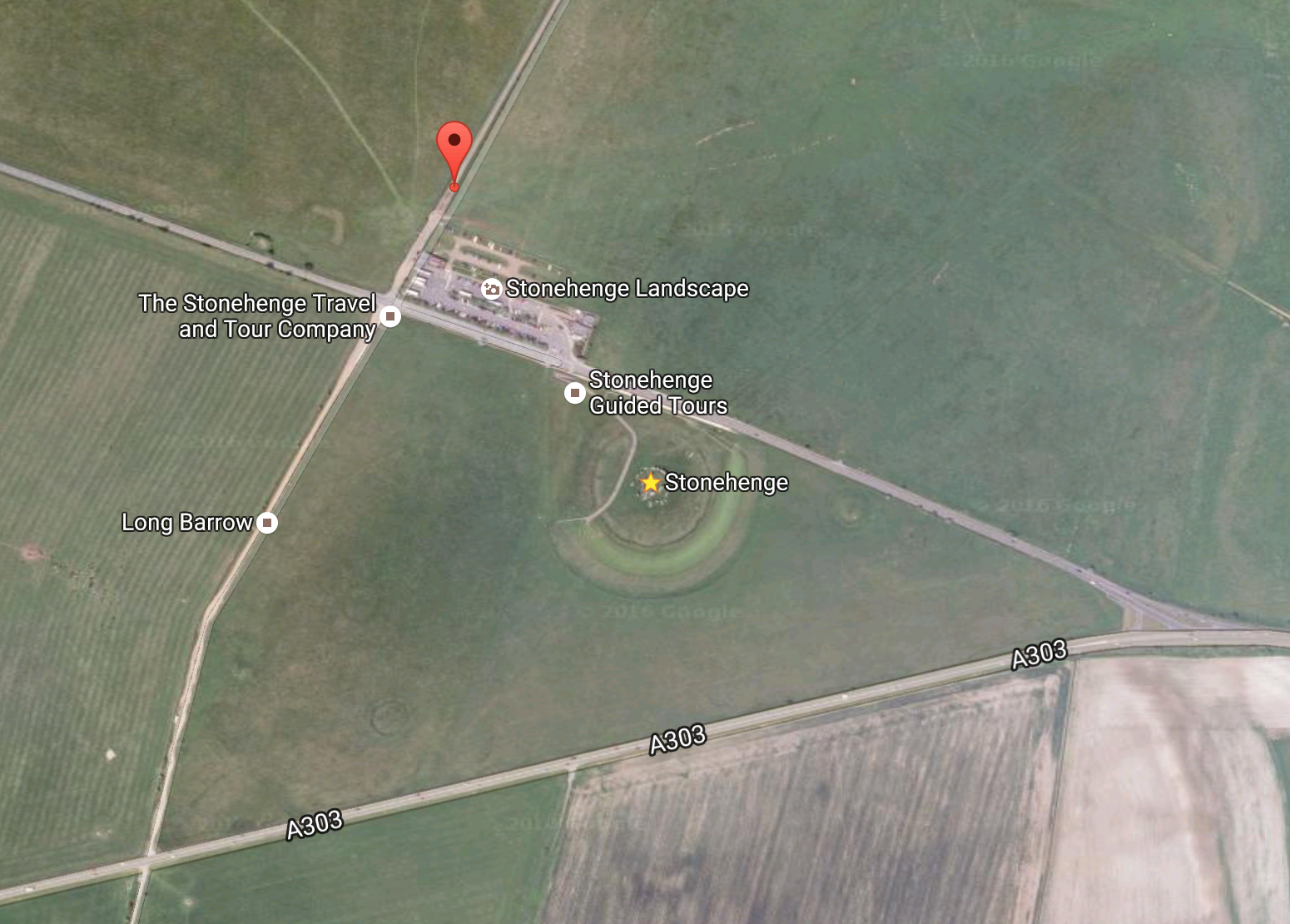 Place to park along dirt road right beside farmer's gate for free access to Stonehenge