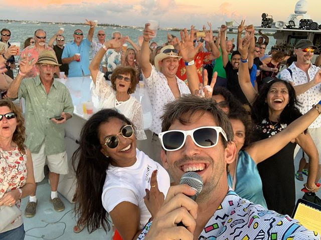 "Perfect strangers came from all over the world to party and catch the world famous Key West sunset.  By the end of it, we became one big dancin' family 🥰 . I love my ""job"". . Thanks to the @keywestsunsetws crew for always delivering first-class service! . #keywest #floridakeys #keywestdj #seratodj #pioneerdj #boatdays #sunset #keywestsunset #sunsetwatersports #andthecrowdgoeswild #familyparty #onehumanfamily"
