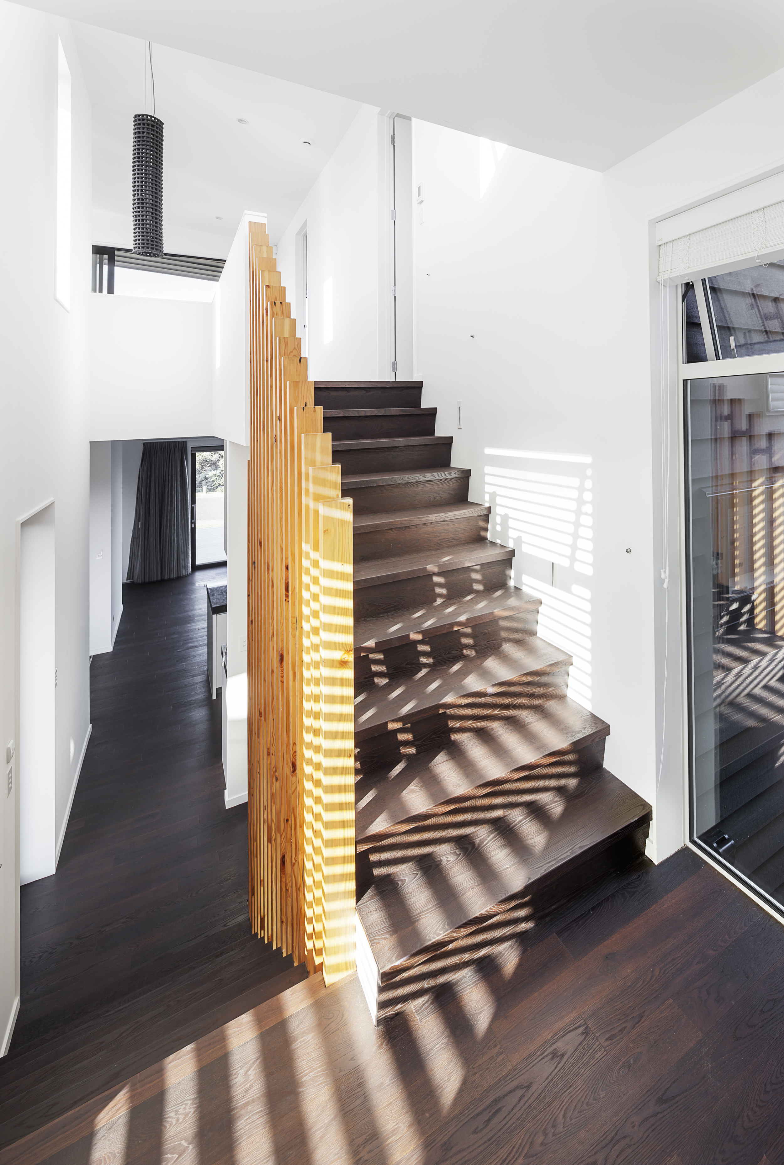 MACLAREN HOUSE ON MARINE PARADE - EXTERIOR PHOTOGRAPH STAIRS