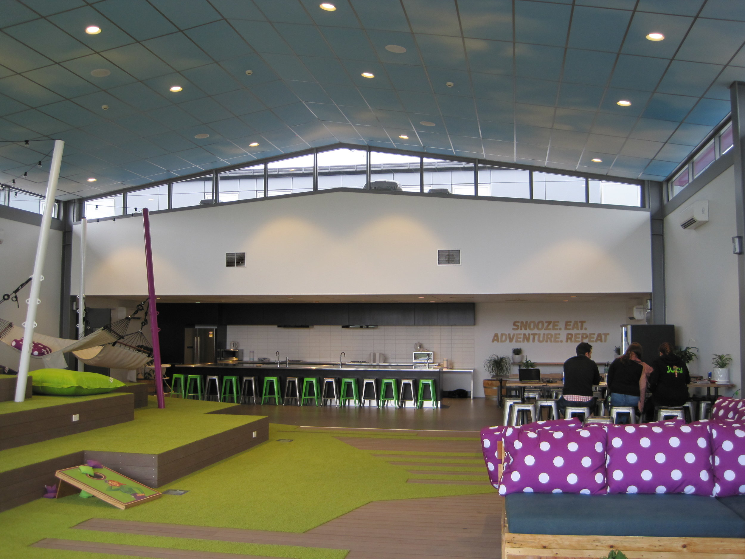 Jucy Snooze Christchurch Communal Hanger