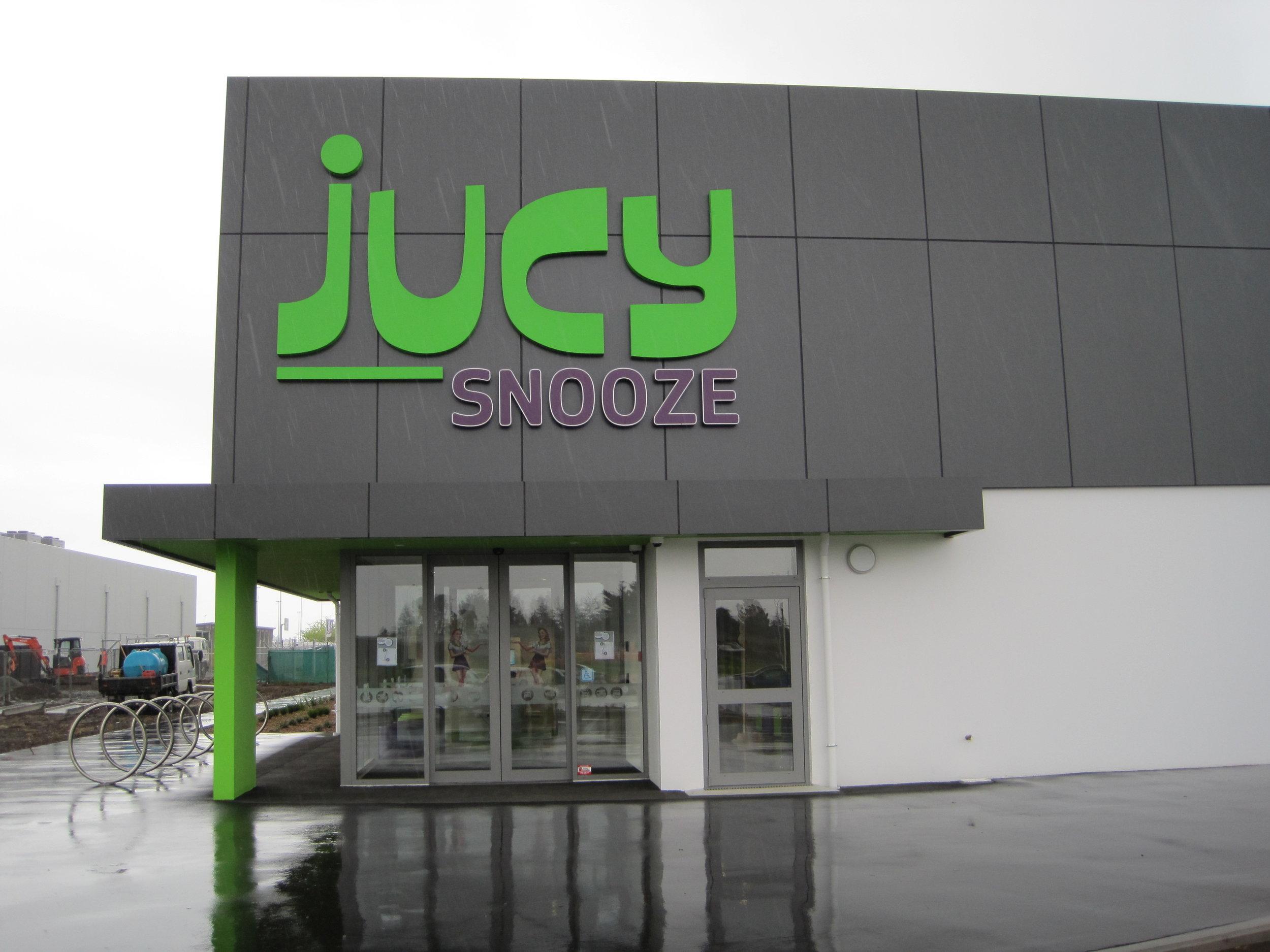 Jucy Snooze Christchurch - Entrance