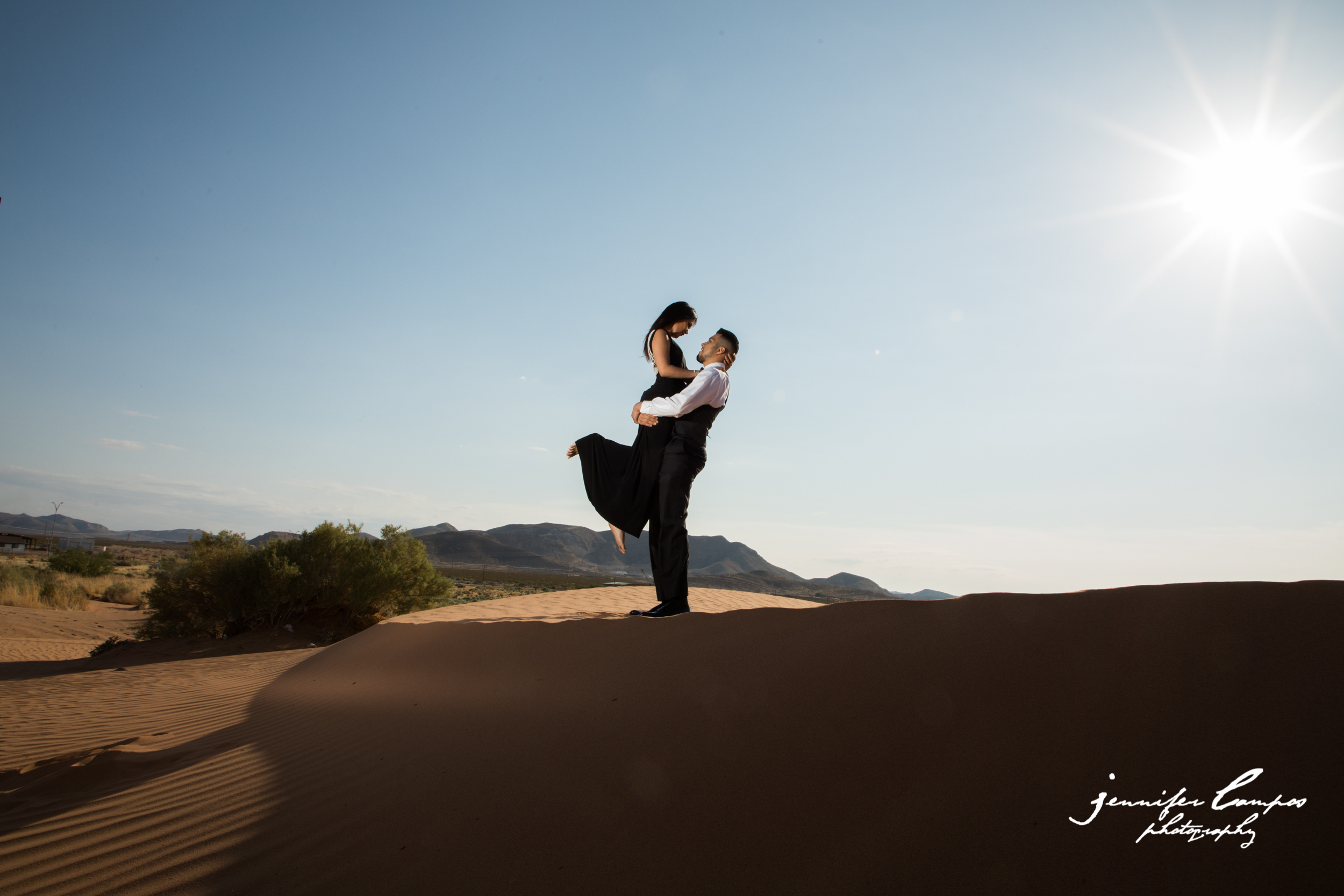 Red Sands El Paso Engagement shoot AM-0022.jpg