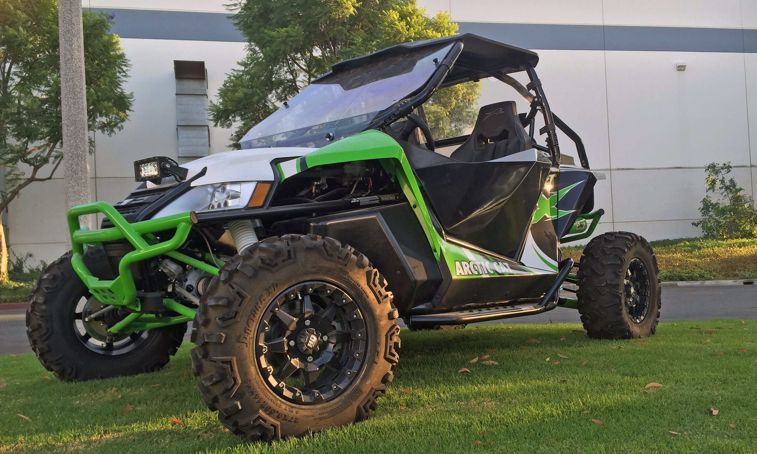 arctic cat 2 doors 2500x1500.jpg