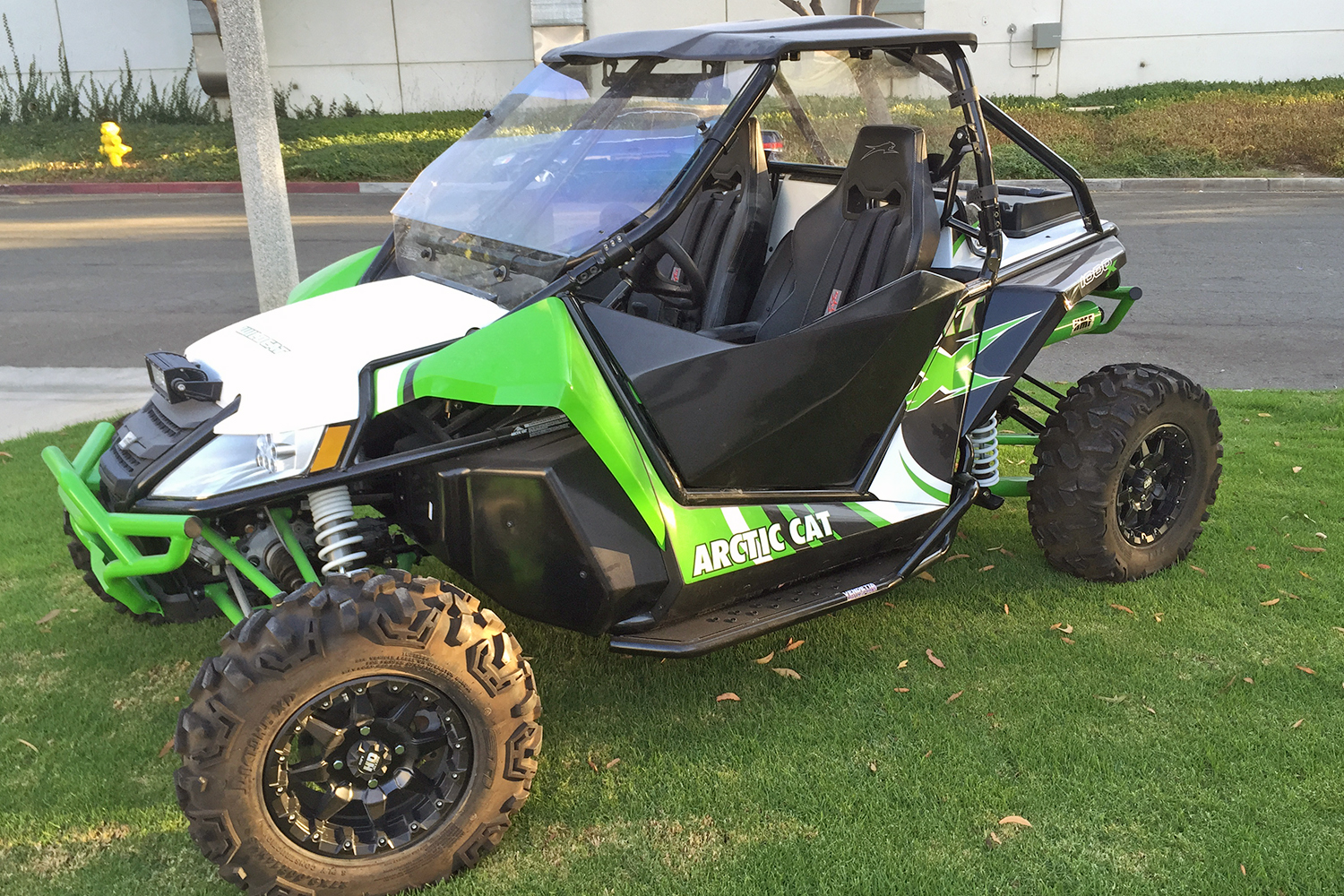 arctic cat 2 doors B 1500x1000.jpg