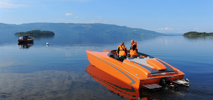 RPM 26 Redline orange on lake.jpg