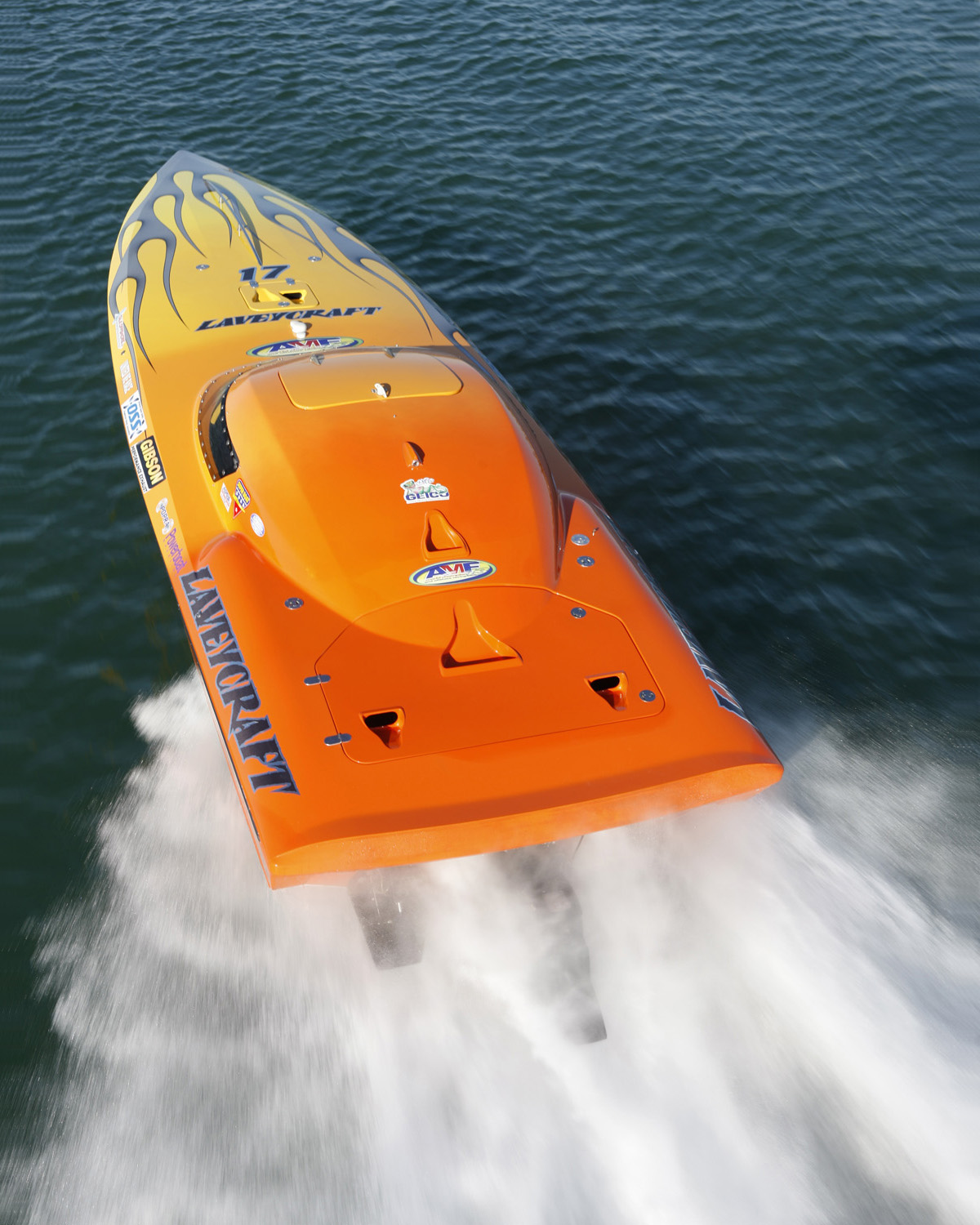 Lavey Craft 2750 race boat from top.JPG