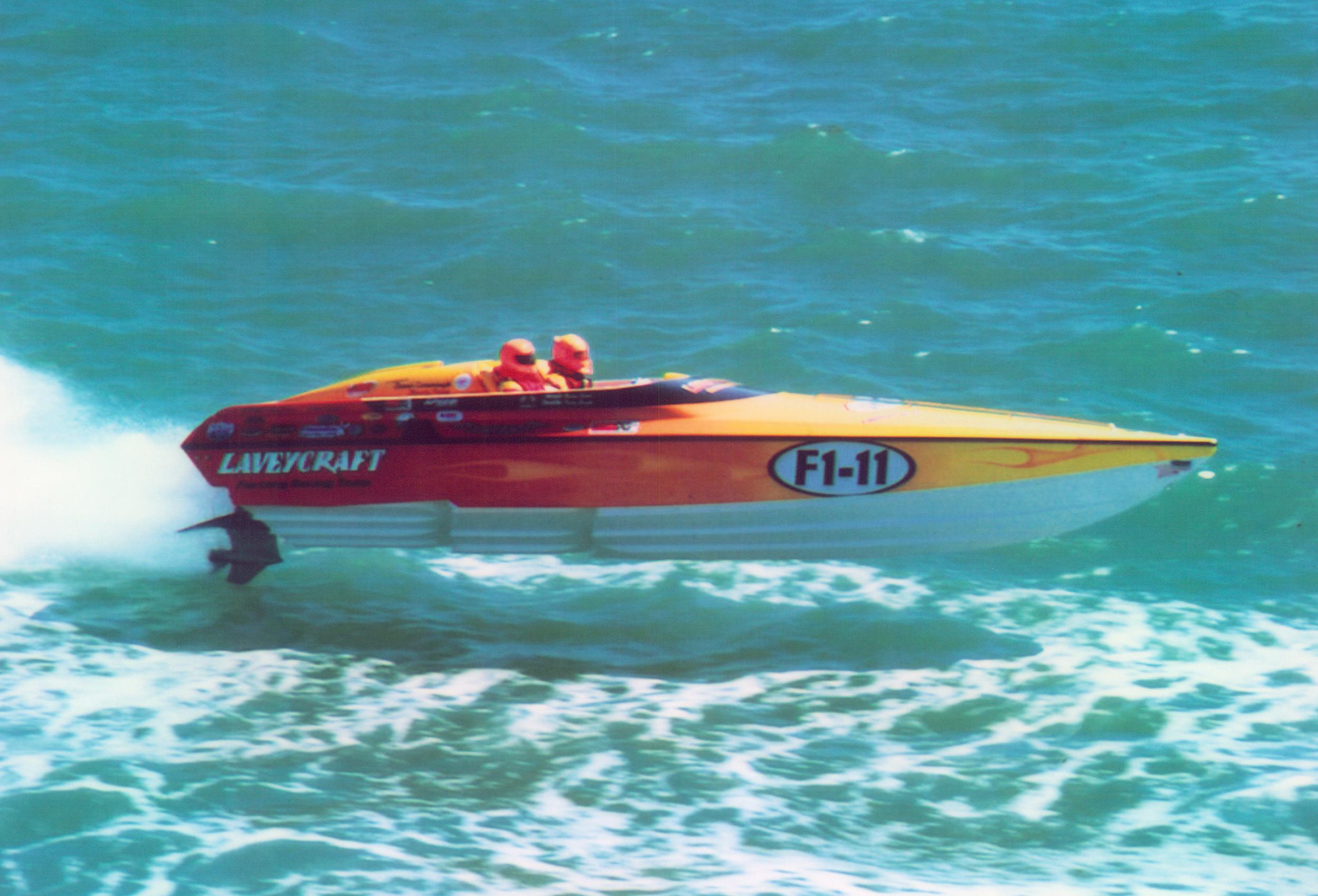 2750 NuEra Lavey Craft - racing 4.jpg