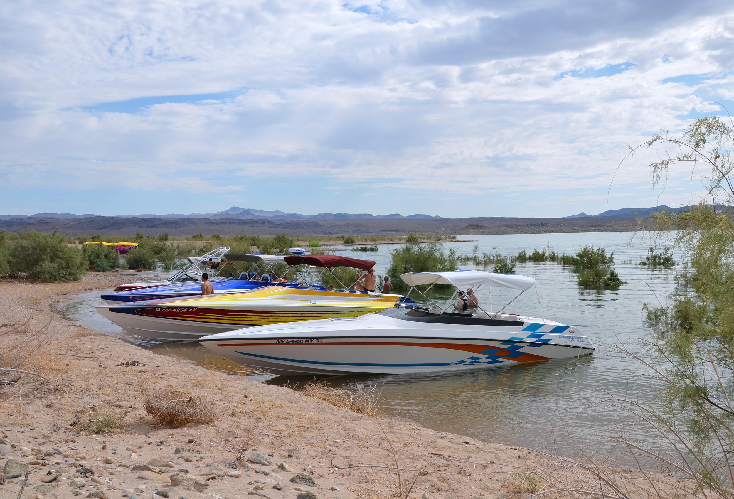 Lavey Craft boats Lake Mead.jpg
