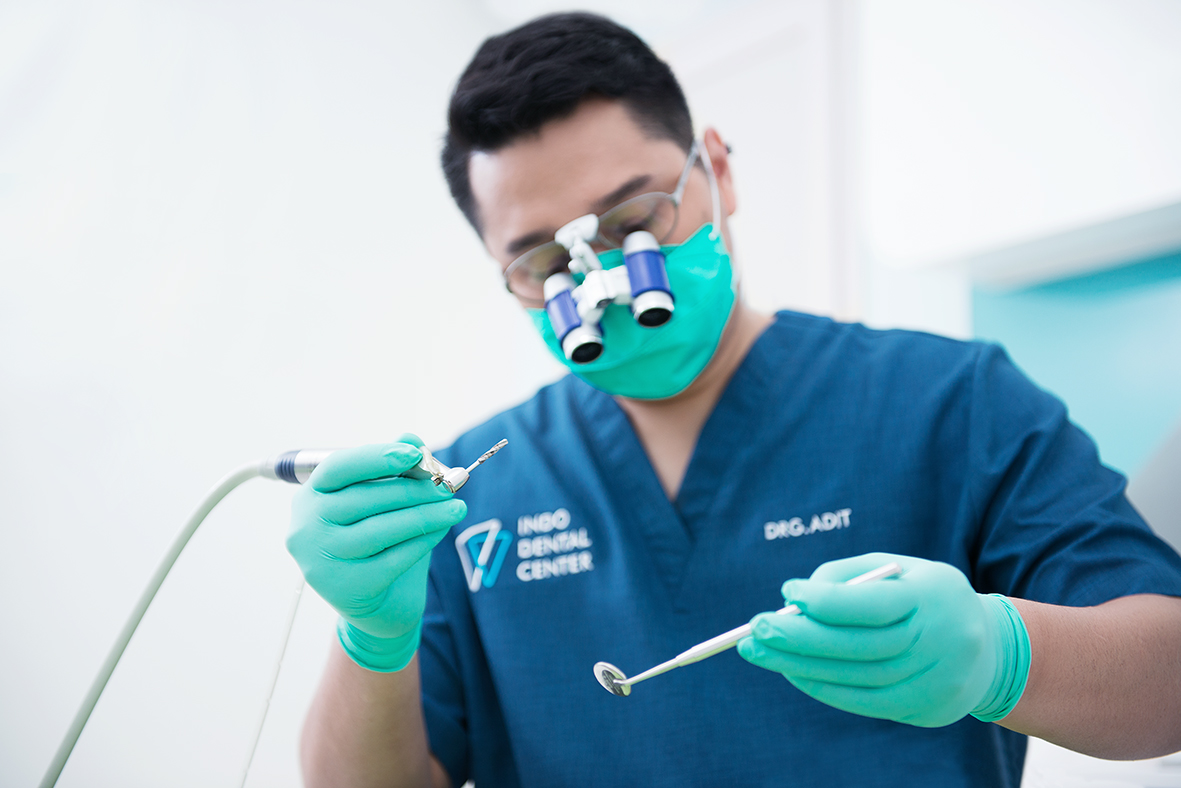 Dental Implant Service