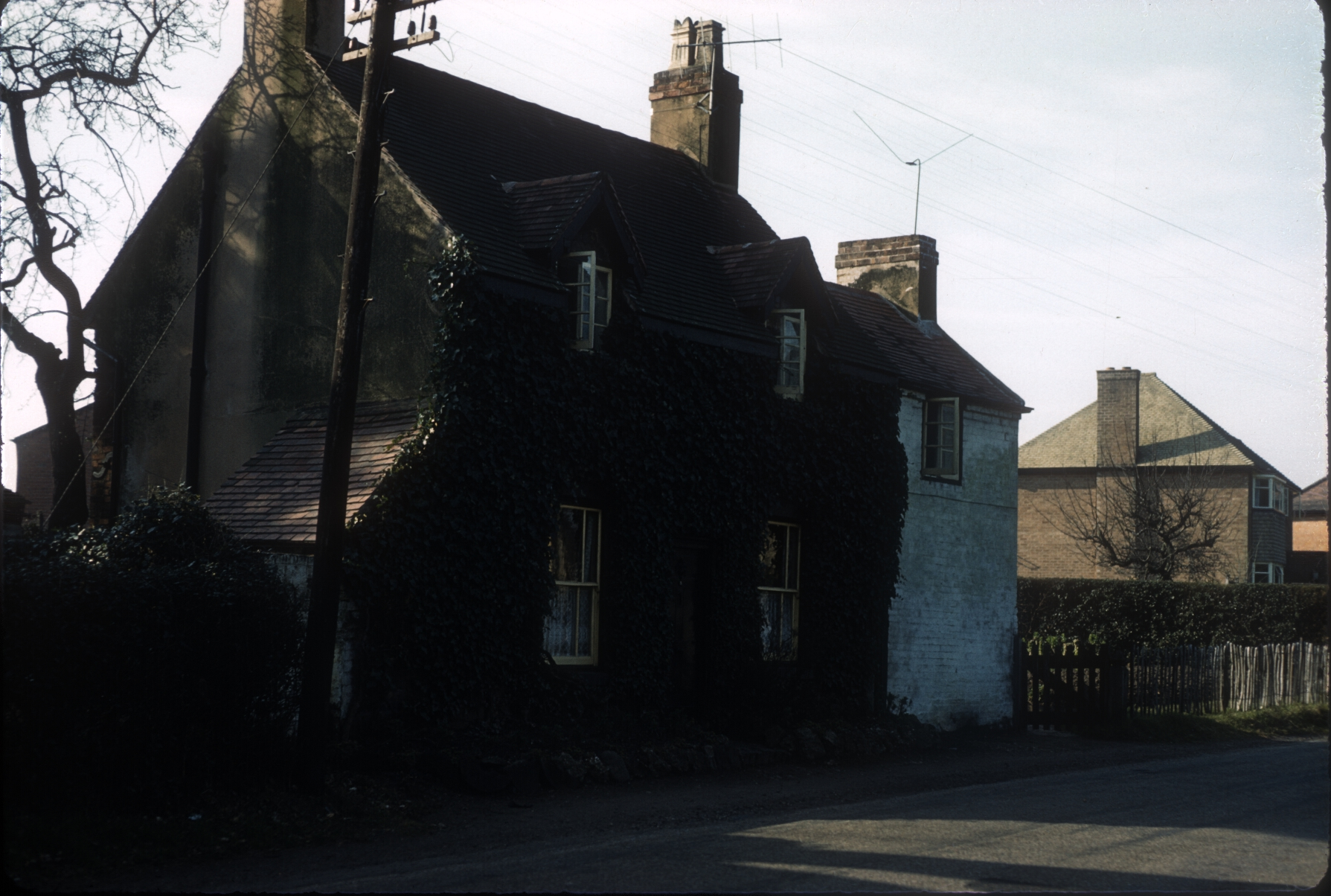Harborne Camomile Green Old Cottage, in Queens Park Road (Nr Tennal Road) 6th March 1961