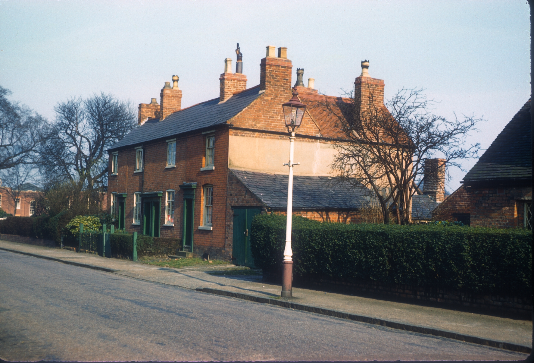 Harborne Metchley Lane, Numbers 20-26 opposite The Sportsman Public House. 6th March 1961