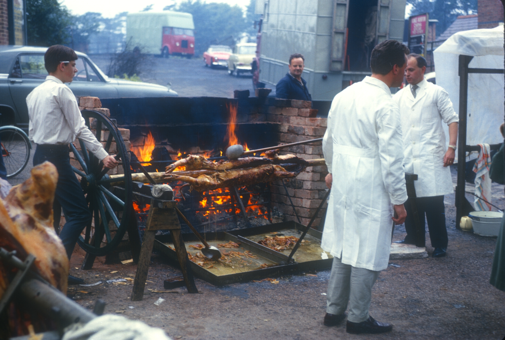 Kings Norton, The Mop, Ox & Pig Roasting. 7th October 1963 (2)