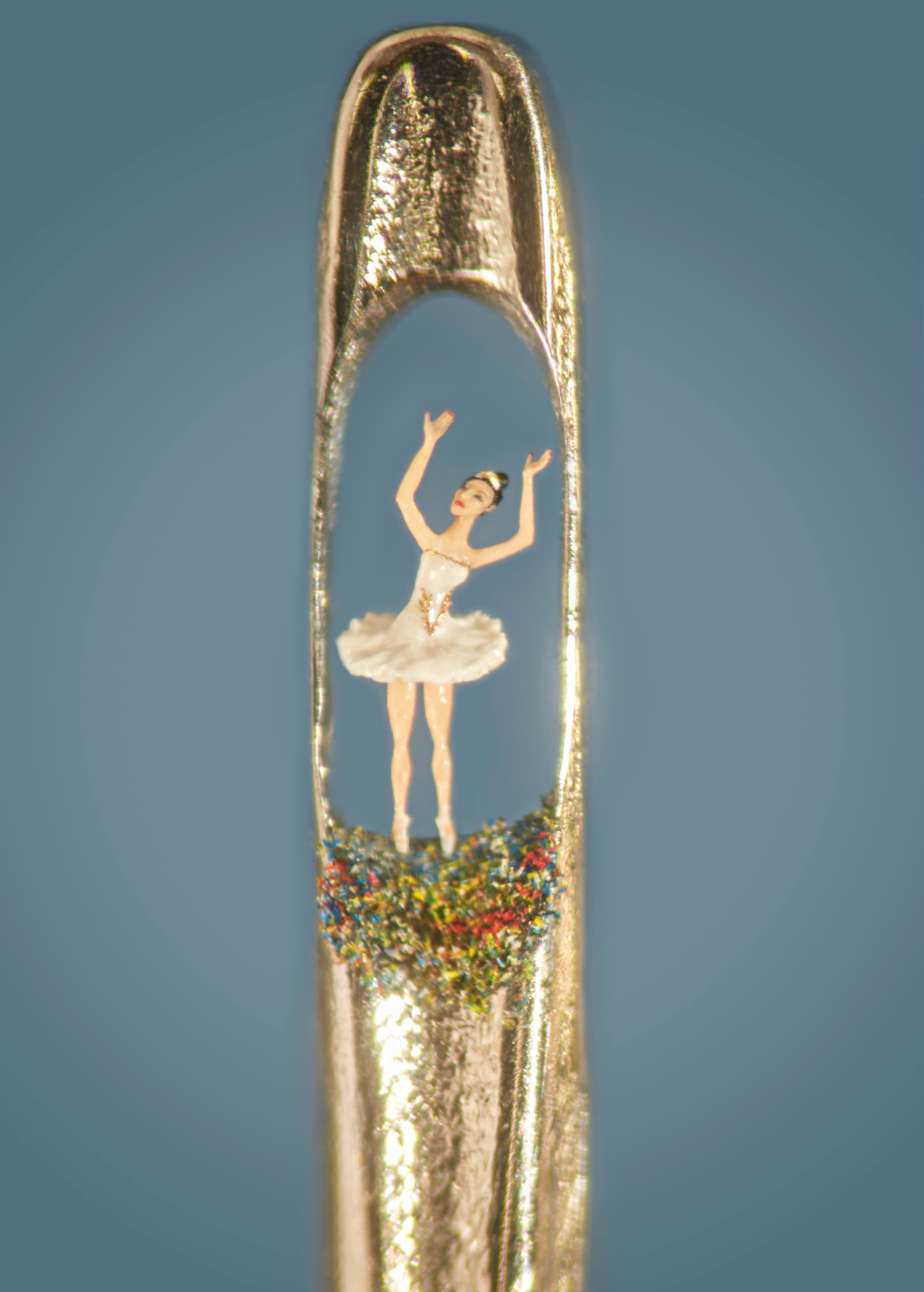 Willard Wigan's 'TINY DANCER' inspired by students of the prestigious Elmhurst Ballet School. Photo by Paul Matthews.jpg