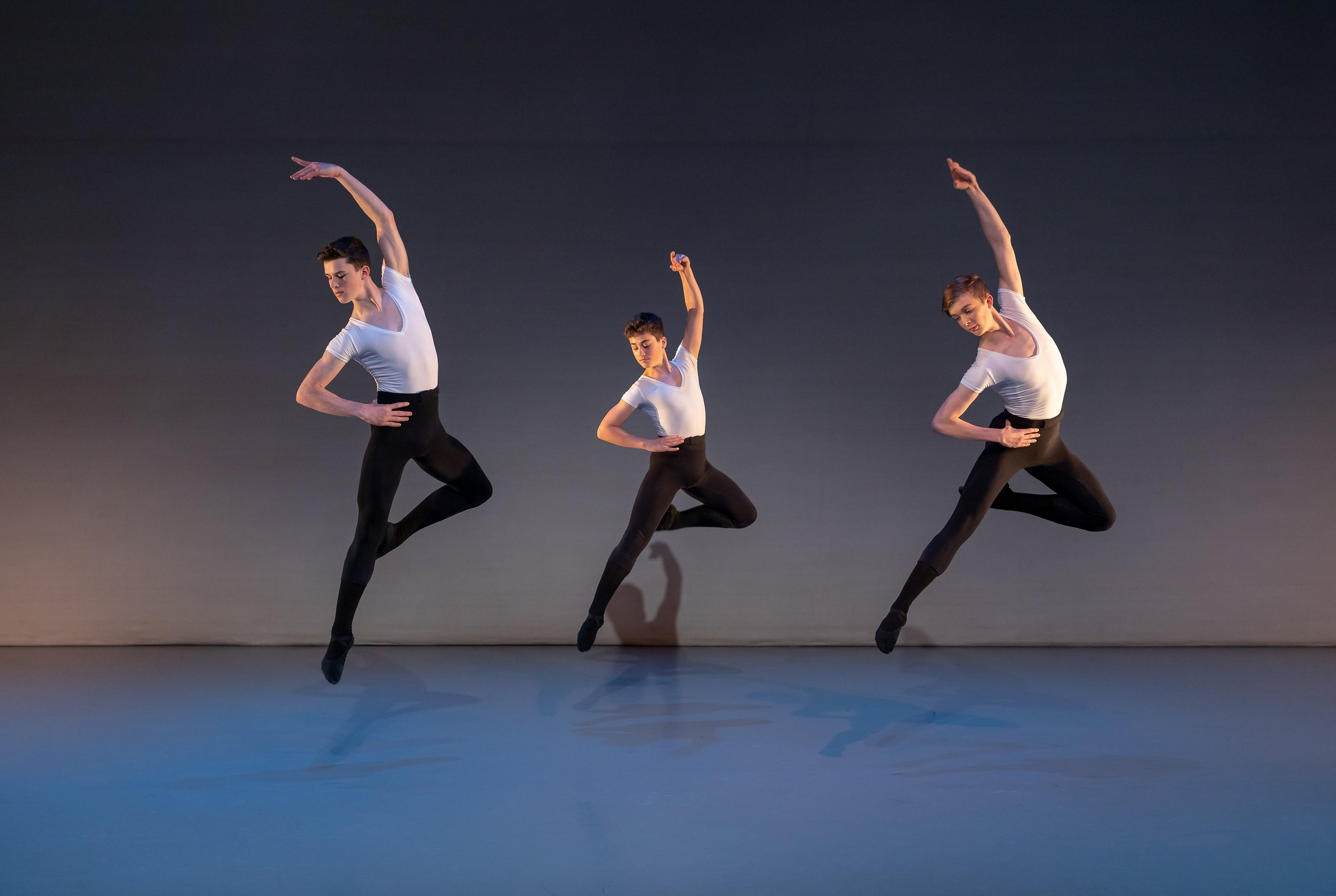Elmhurst Ballet School in Lee Robinson's section of 'Réves de Jeunesse'. Photography by Andy Ross.jpg