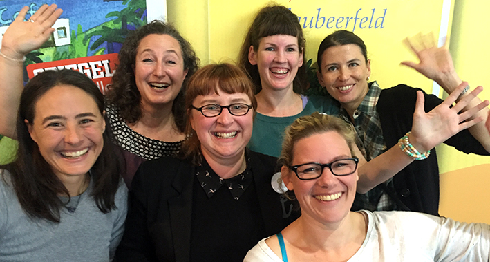 From left to right: Gaby, Nataša, Izabella (Mädchenwahn), Johanna, Tessa, Vera
