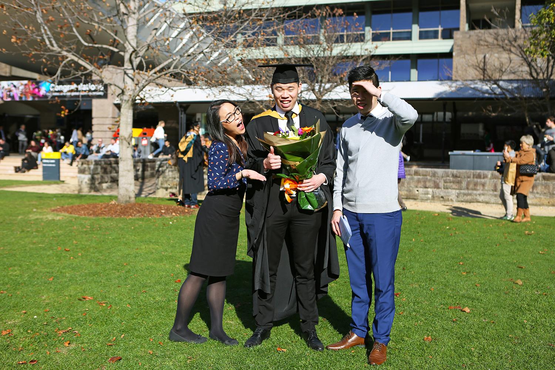 UNSW - Sydney Graduation Photos - Jennifer Lam Photography (19).JPG