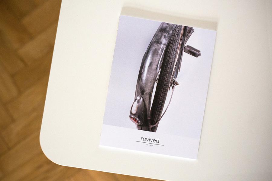das 68-Seiten umfassende Photobuch    the 68-pages photobook
