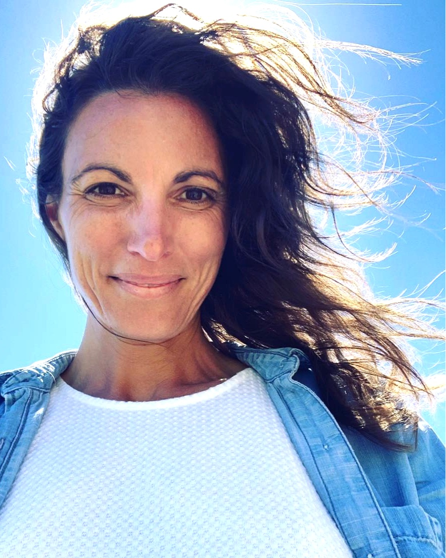 Victoria Guidi, AHC - Carrier of the BRCA2 gene mutation Dedicated to reconnecting women to their natural rhythms, their intuitive wisdom, and their formidable well of healing power
