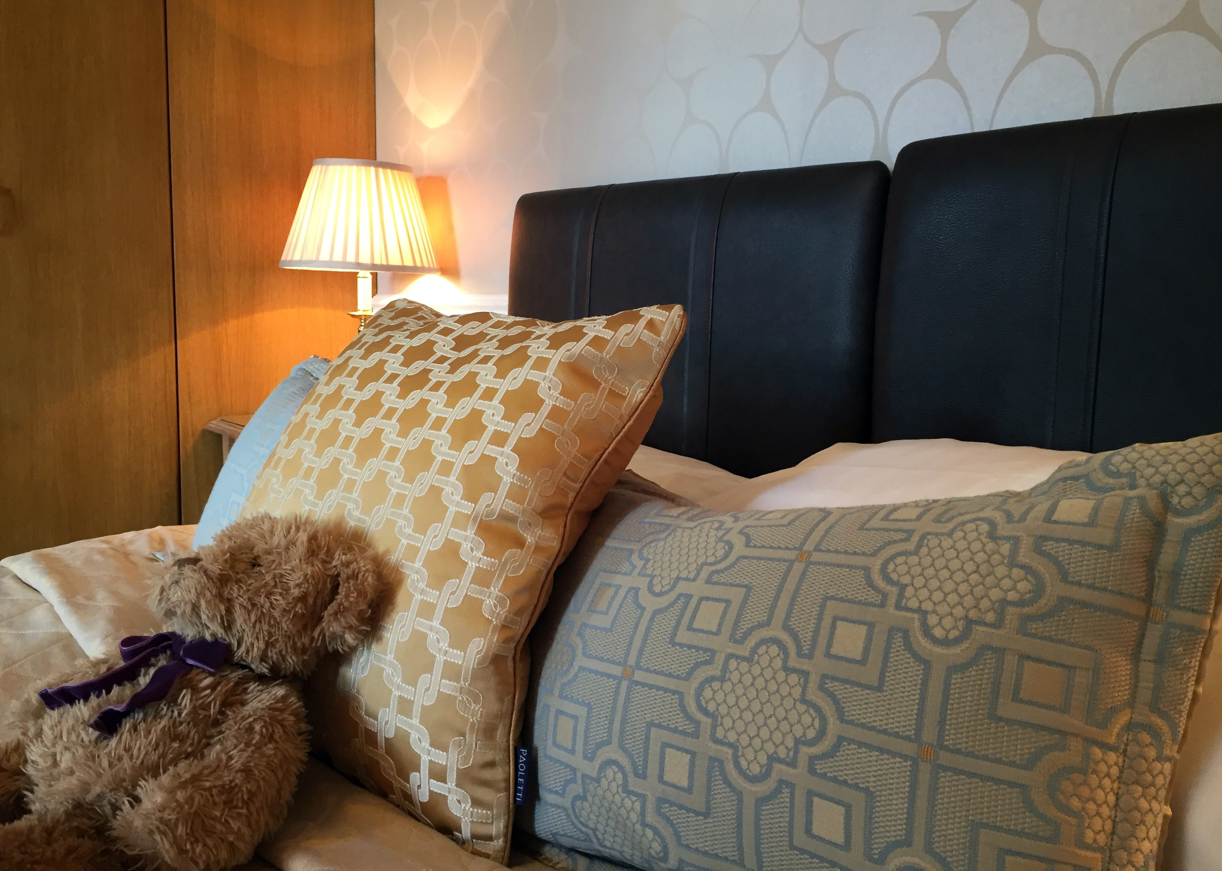 orchid-bed-kingsize-bed-and-breakfast-york