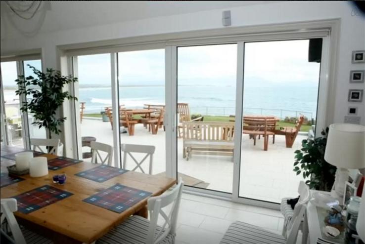Beach House Ballyhaigue Interior.png