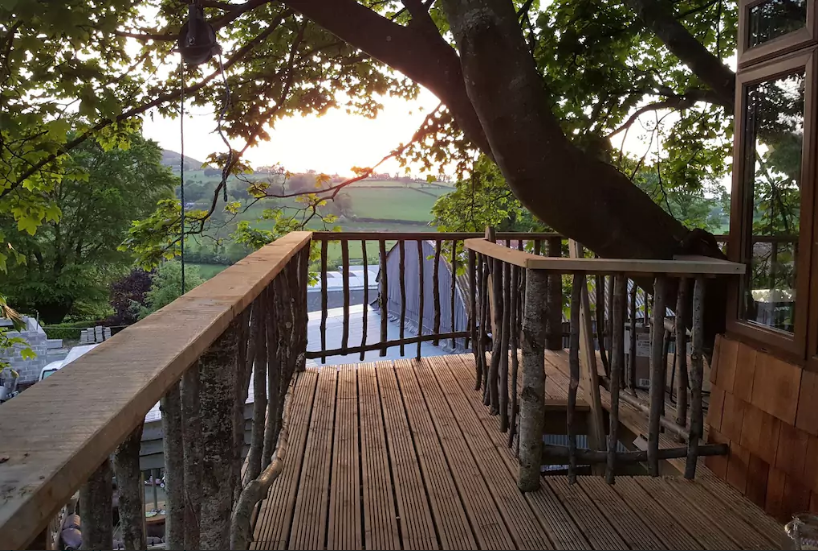 Wicklow Treehouse Airbnb
