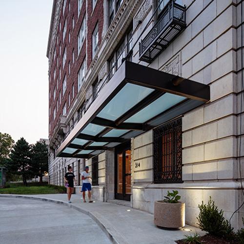 Bellrive Apartments