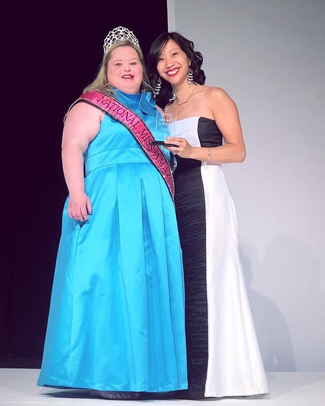 Congratulations to our @camissamazing queen Tiffany Yu for getting 1st Runner-up at #NMA19 Sr. Miss🌟 We are so proud of all that you've accomplished, and we are so excited for you to represent both California and NATIONAL @missamazinginc SR. MISS!