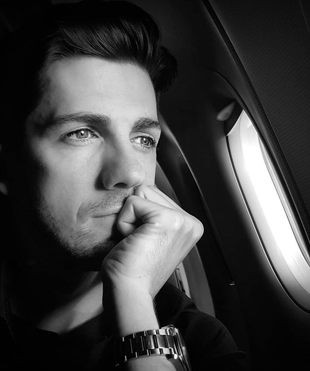 A plane window is a great place to gather, sort and align your thoughts.  I mean what else is there to do... #thoughtoftheday #thoughts #focused #focus #align #priorities