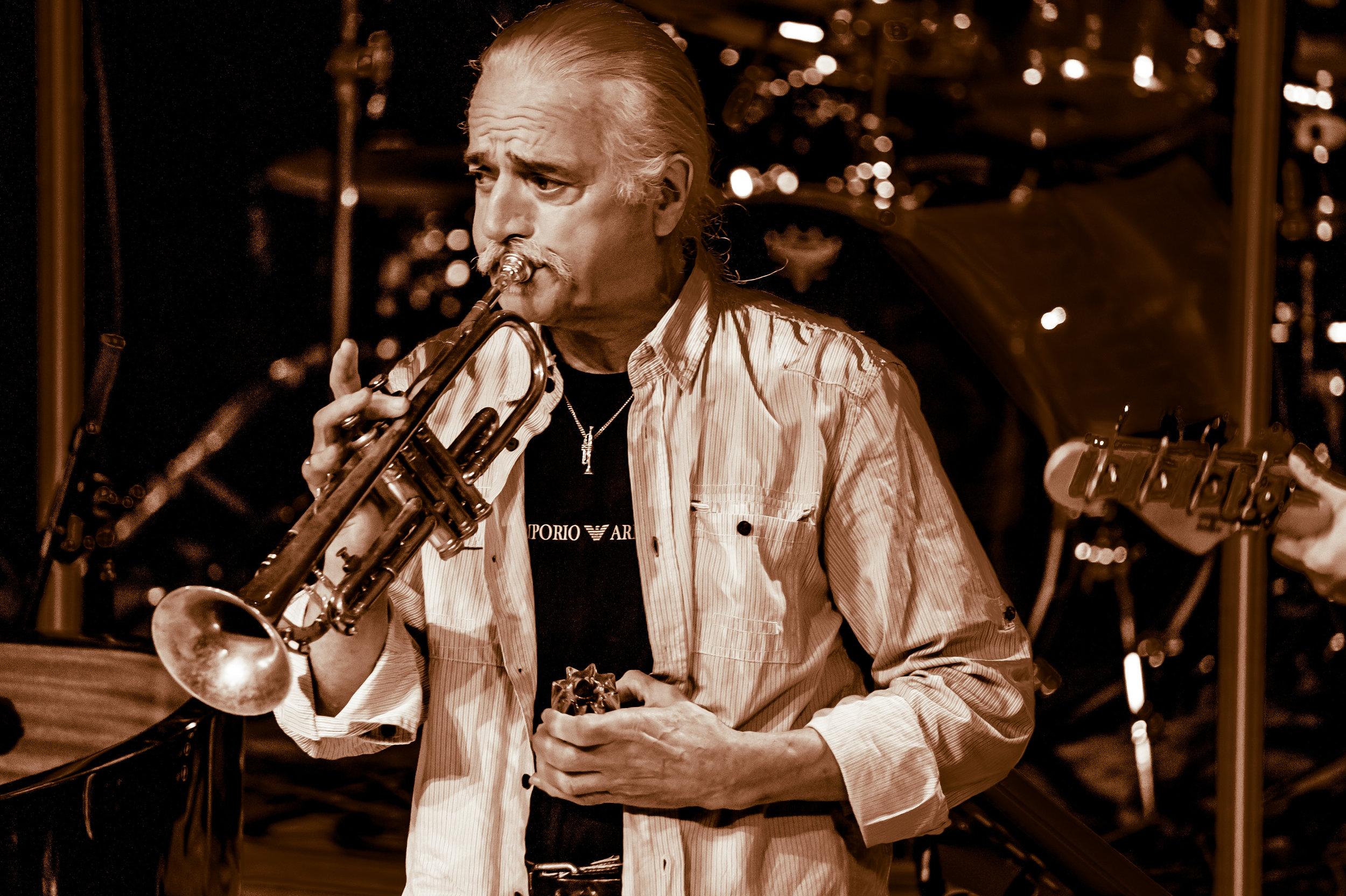Trumpet B&W_JohnBull-3134.jpg